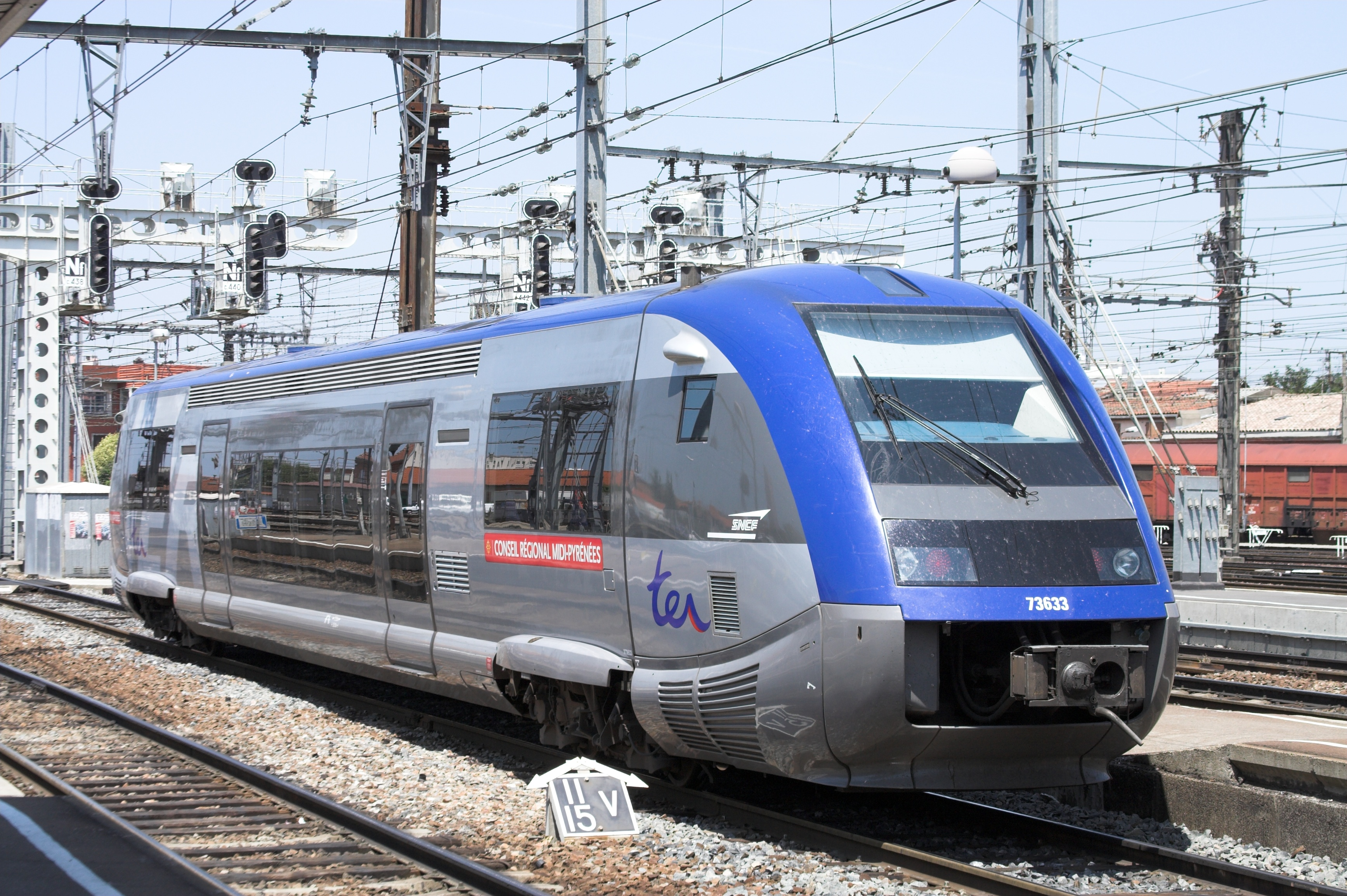 File sncf x73500 toulouse fra wikimedia commons for Ter toulouse