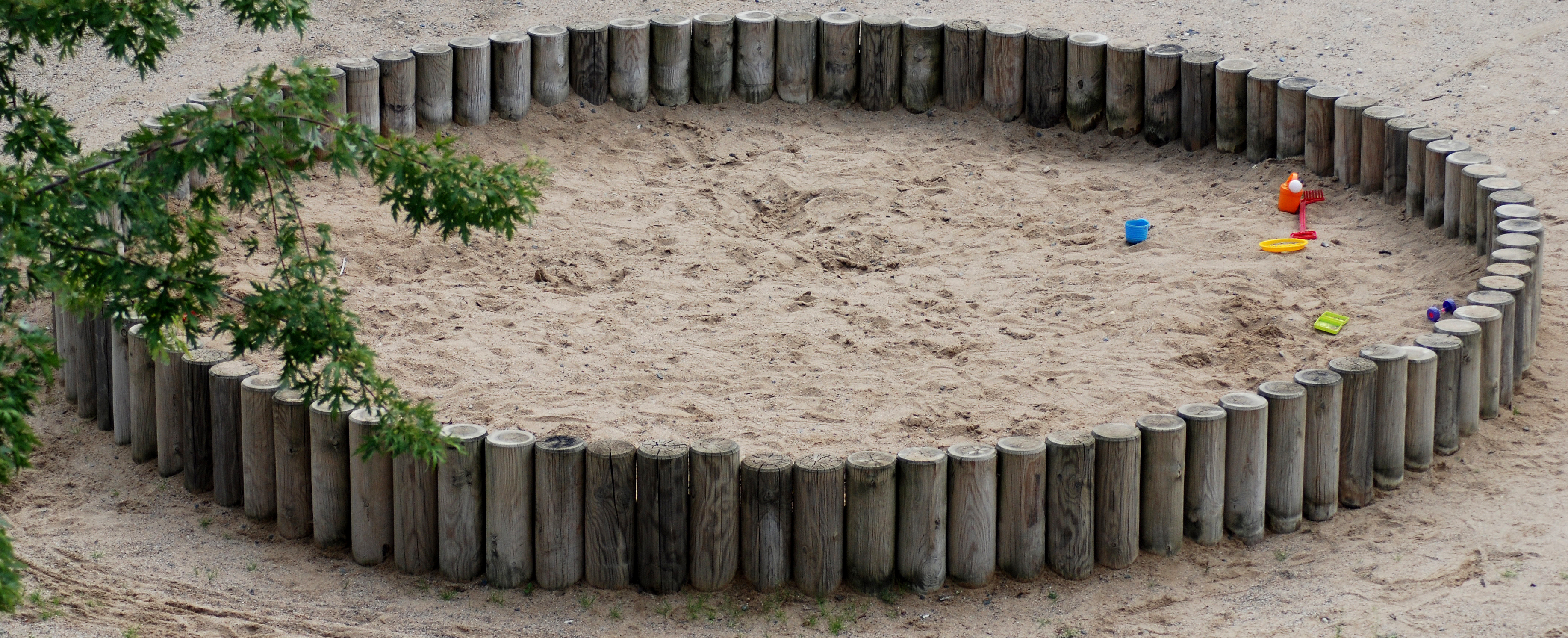 File Sandbox With Toys Jpg Wikimedia Commons