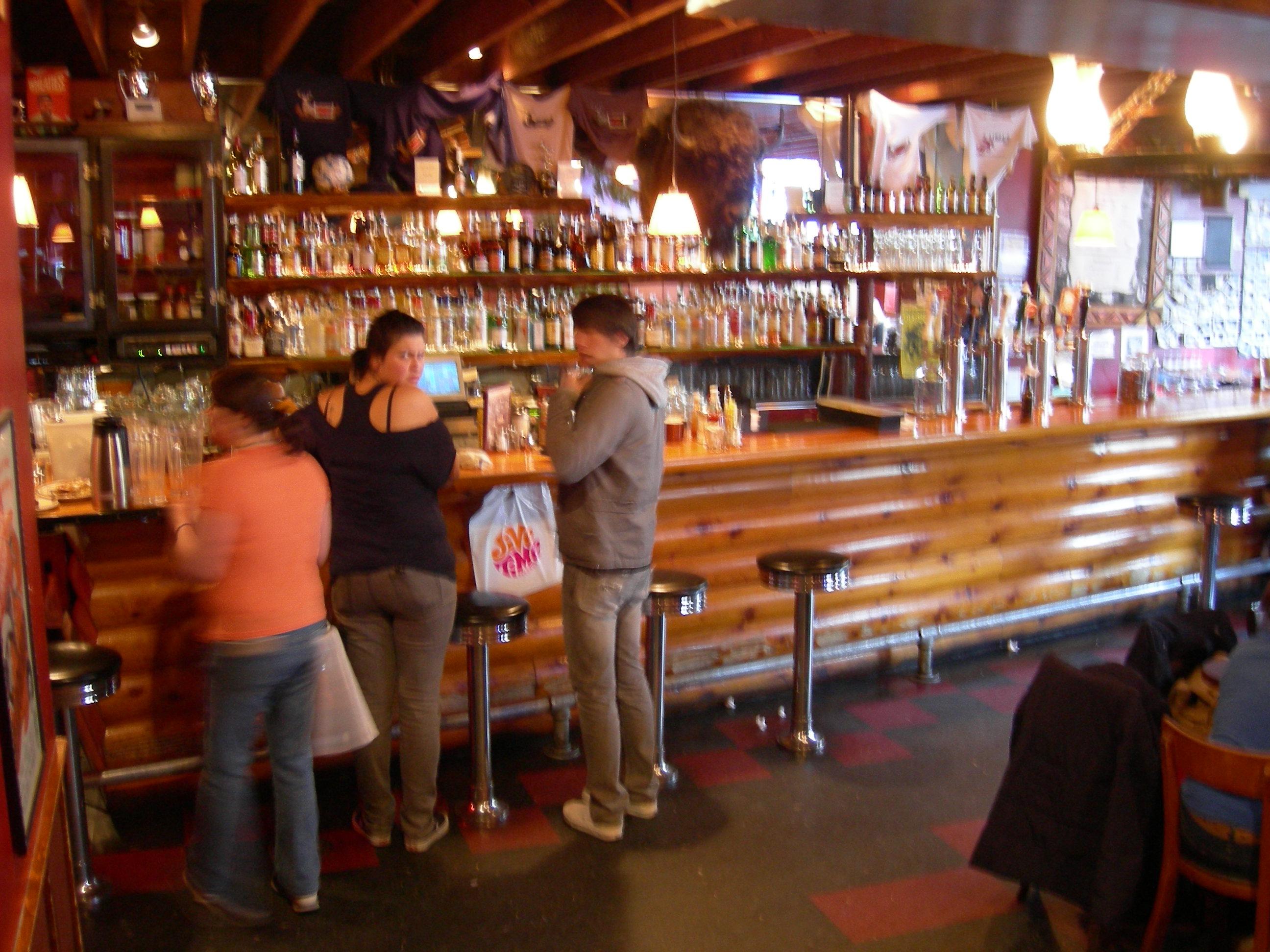 Linda's Tavern Seattle