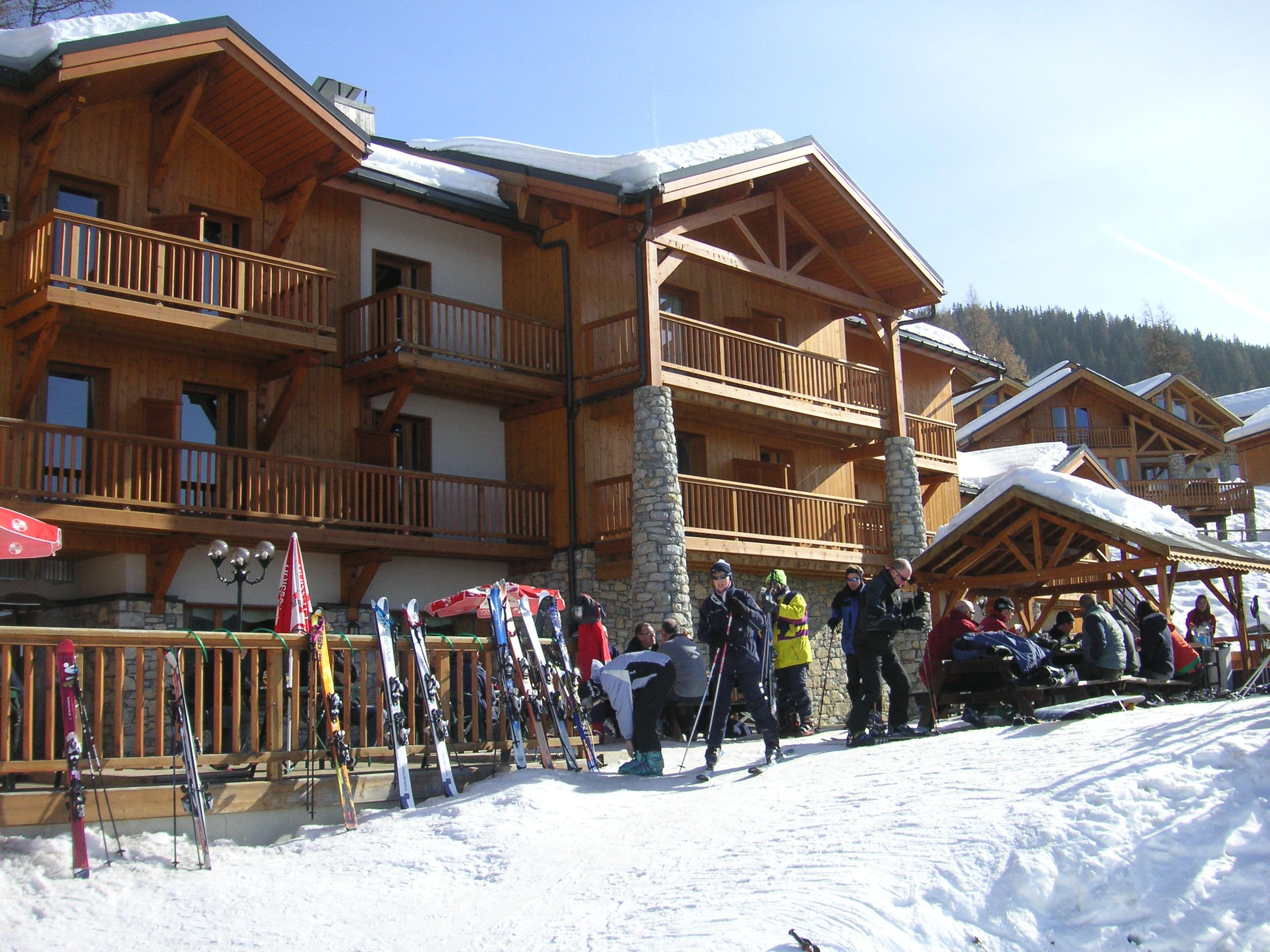 file ski olympic chalet hotel la foret vallandry 8578693196 jpg wikimedia commons