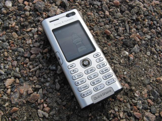 Sony Puhelin