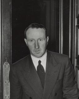 Stan Keon Australian politician