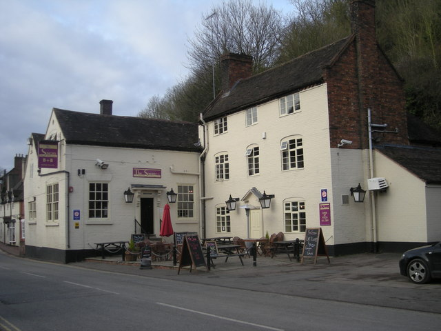 File:The Swan on The Wharfage - geograph.org.uk - 690185.jpg