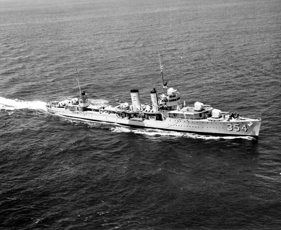 File:USSMonaghanDD354.jpg