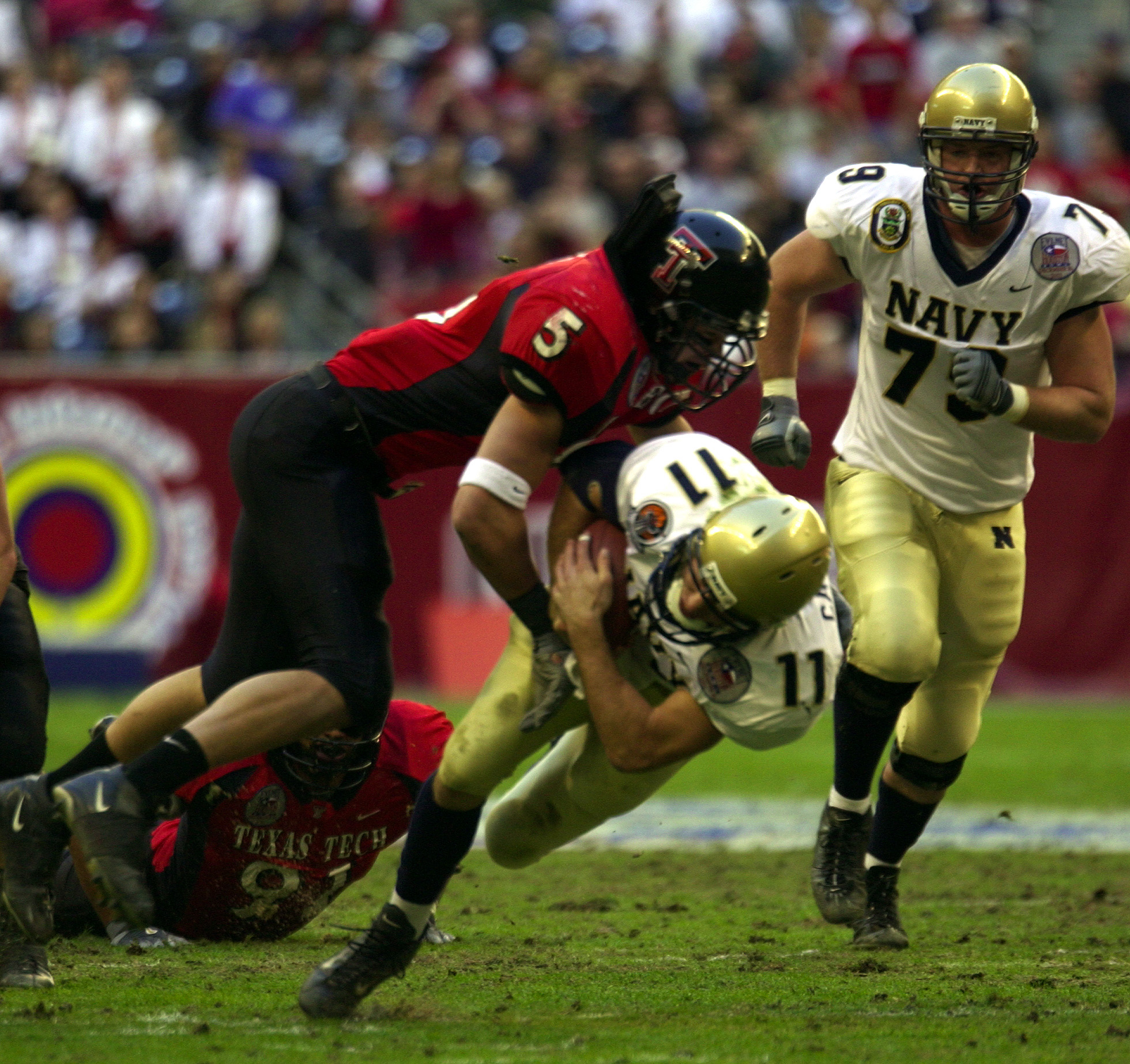 Exterieurs also Ral Farben also Roto Fenstergriff 208673 Ev1 additionally File US Navy 031230 N 9693M 006 Navy quarterback Craig Candeto is tackled by Texas Tech linebacker John Saldi on a rushing attempt during the EV1   Houston Bowl at Reliant Stadium in Houston  Texas also Haustuer Schueco Bew M4. on ev1 images