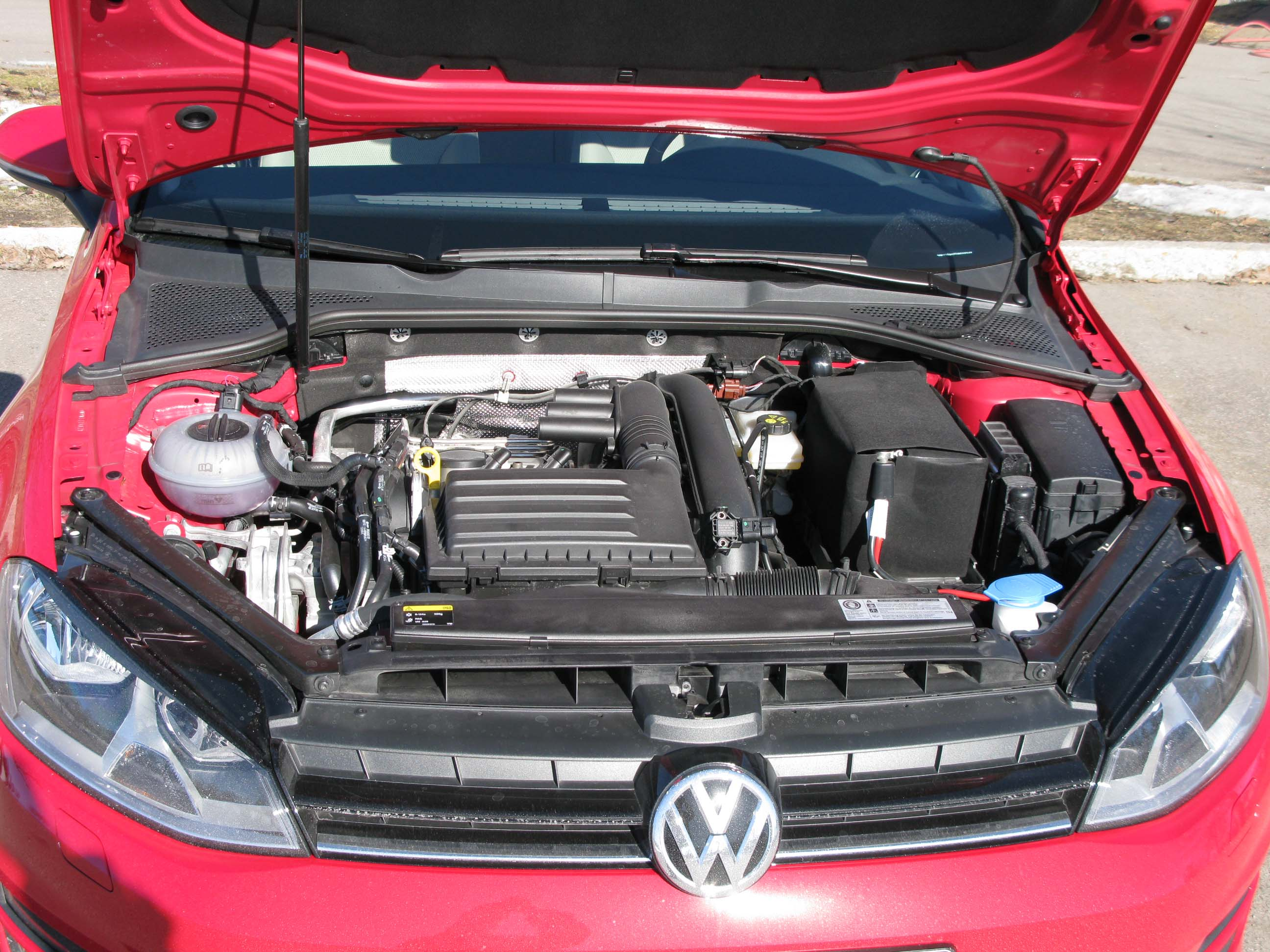 File Vw Golf 7 Engine Jpg