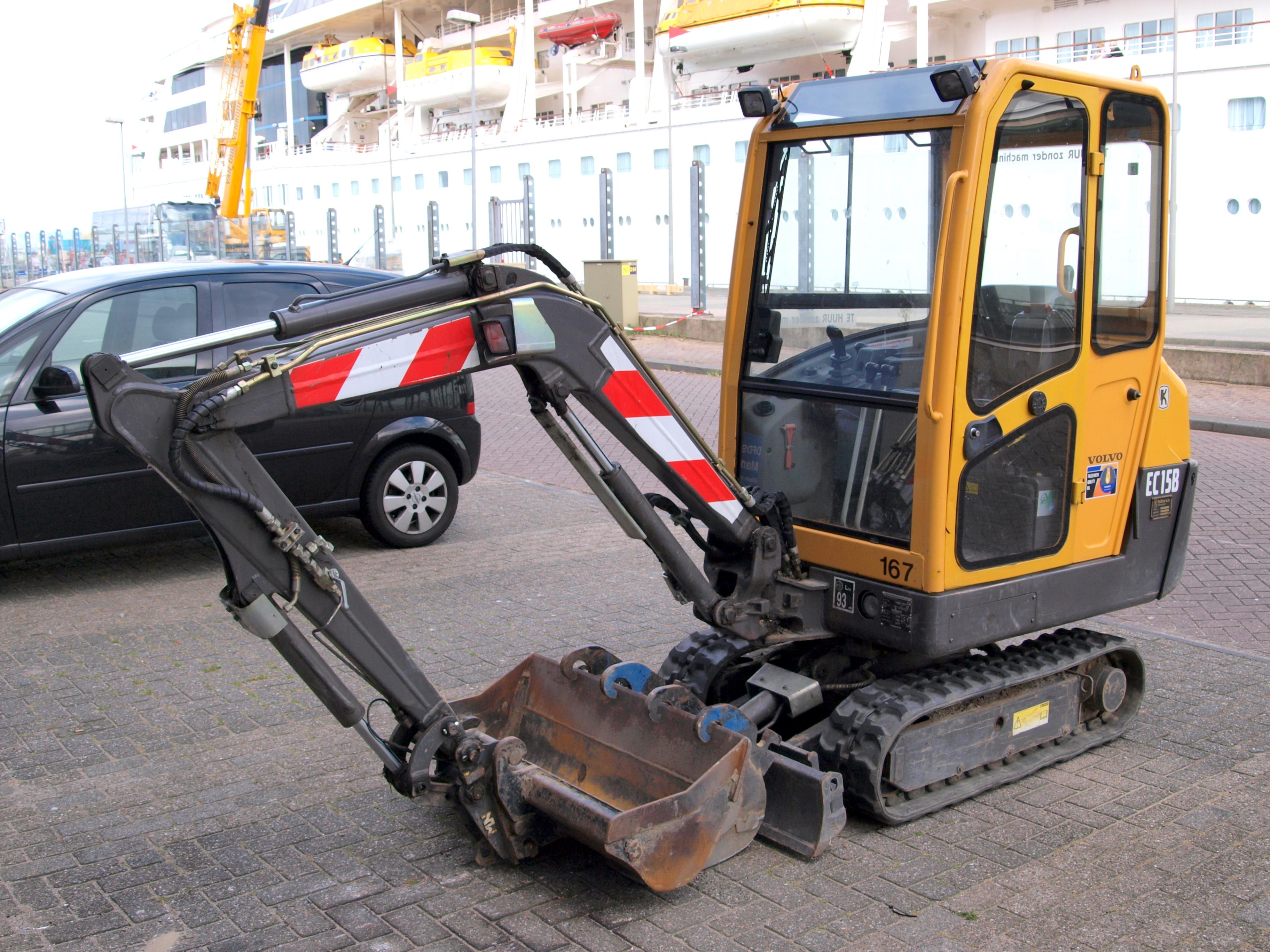file volvo ec15b p1 jpg wikimedia commons rh commons wikimedia org Volvo Manual Trans Volvo Factory Service Manuals
