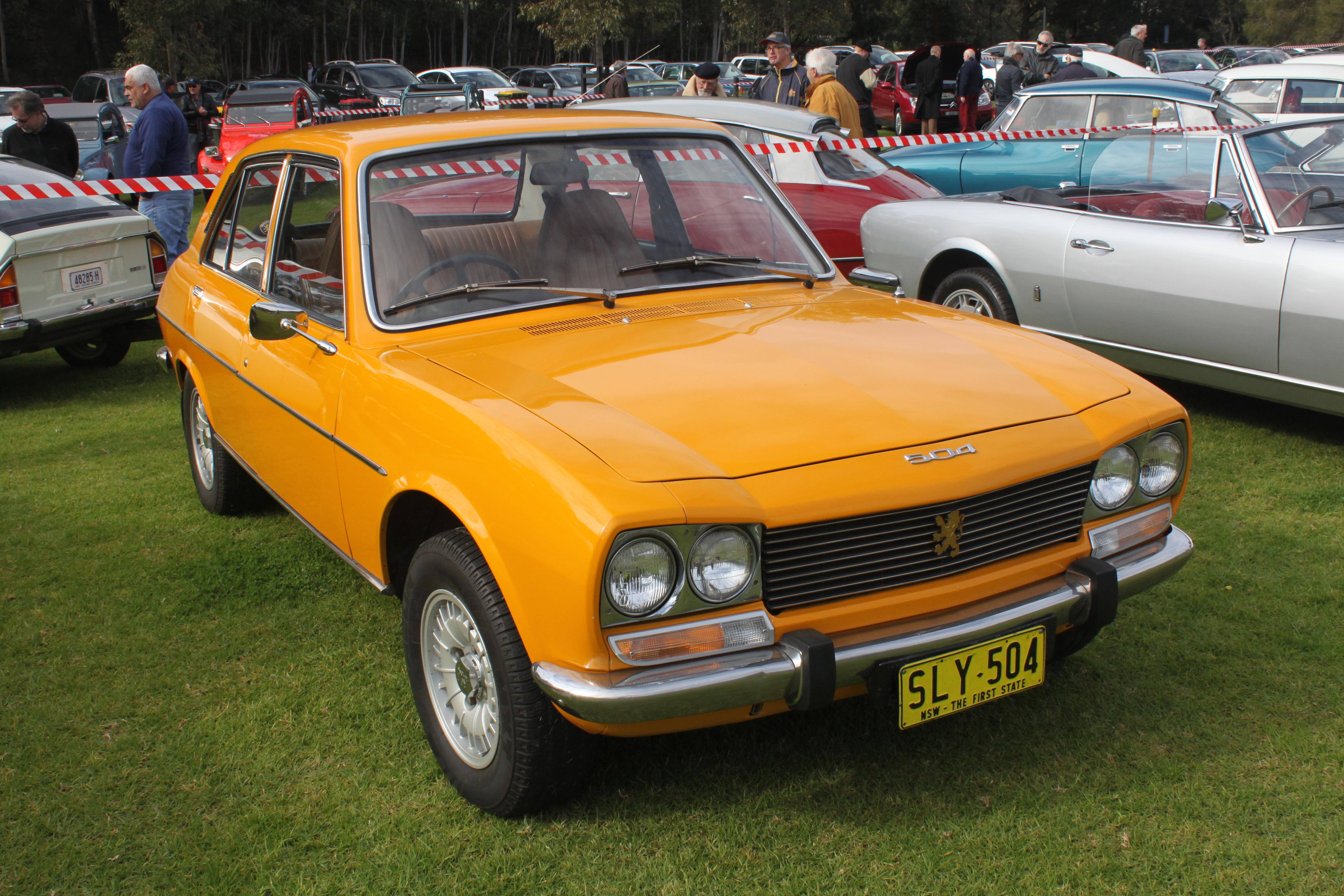 file:1975 peugeot 504 gl sedan (19774602361) - wikimedia commons