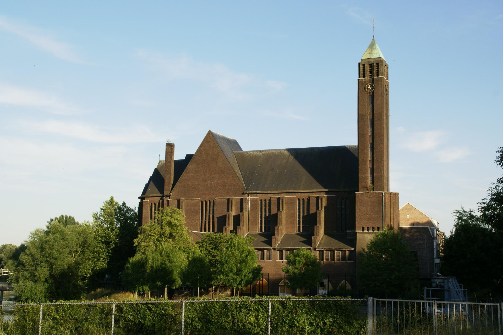 Sint hubertuskerk maastricht wikipedia - Expressionistische architectuur ...