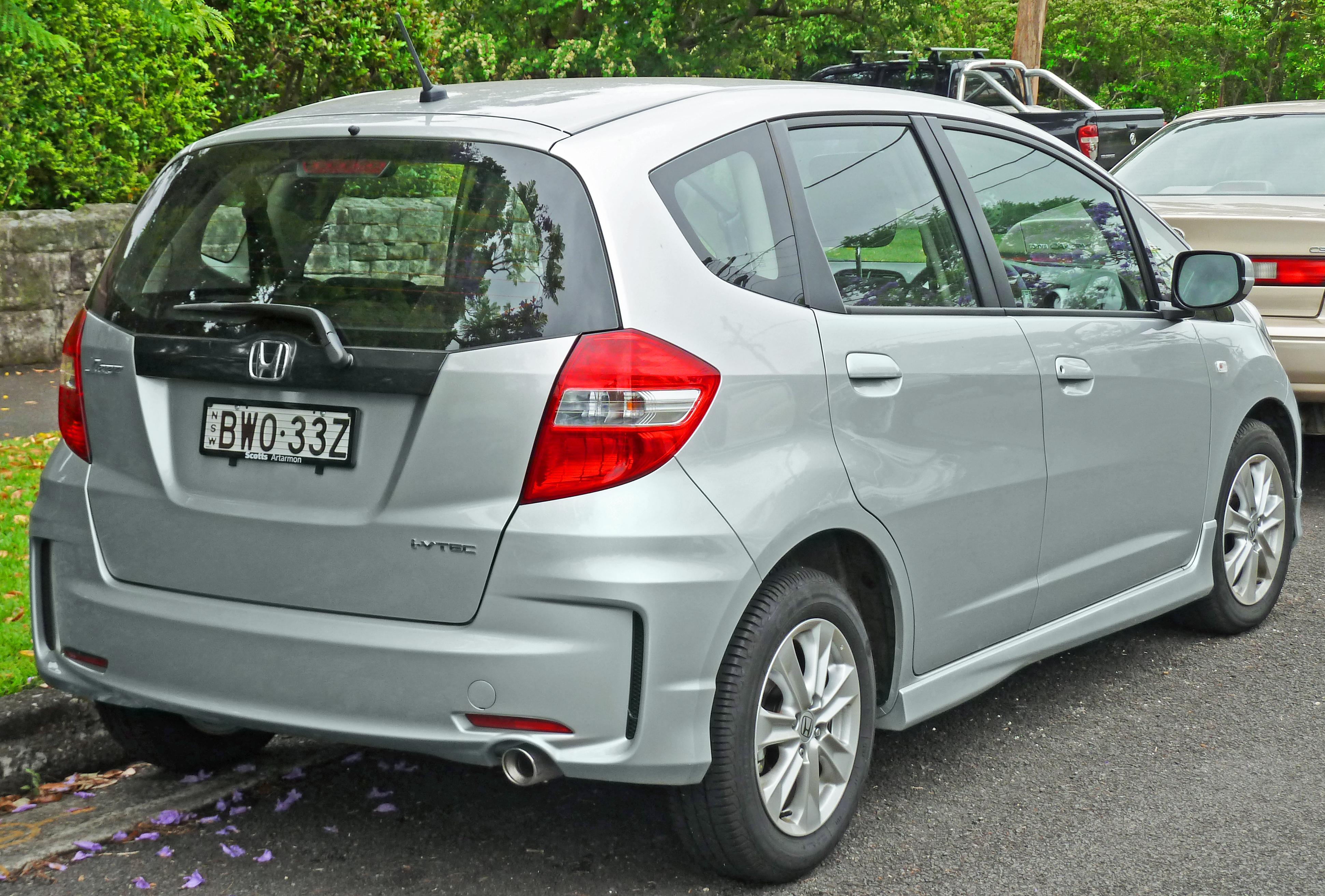 Kekurangan Honda Jazz 2011 Spesifikasi