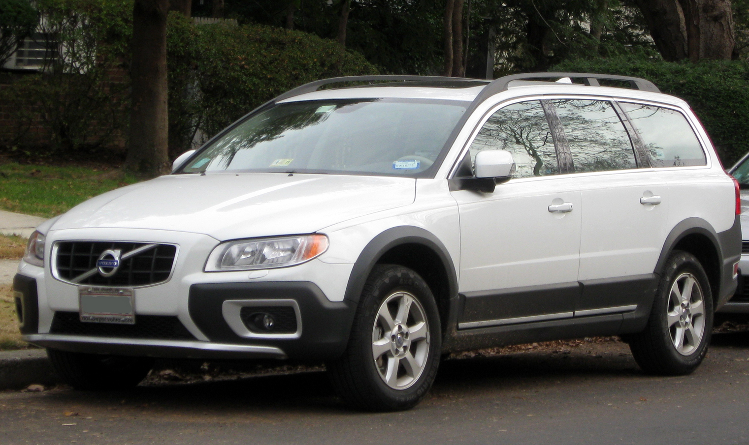 volvo xc70 on pinterest volvo brown colors and internet. Black Bedroom Furniture Sets. Home Design Ideas