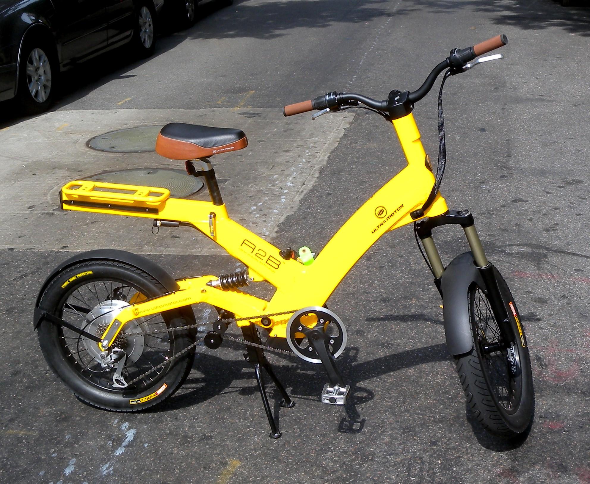Electric Bikes A moped style e bike an A B