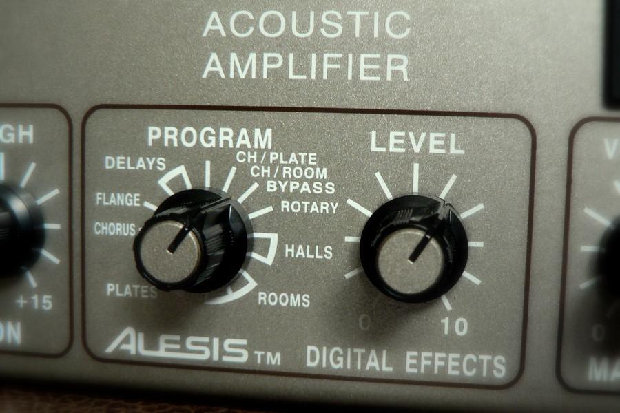 File Alesis Digital Effects On Genz Benz Shenandoah Jr 35w Acoustic