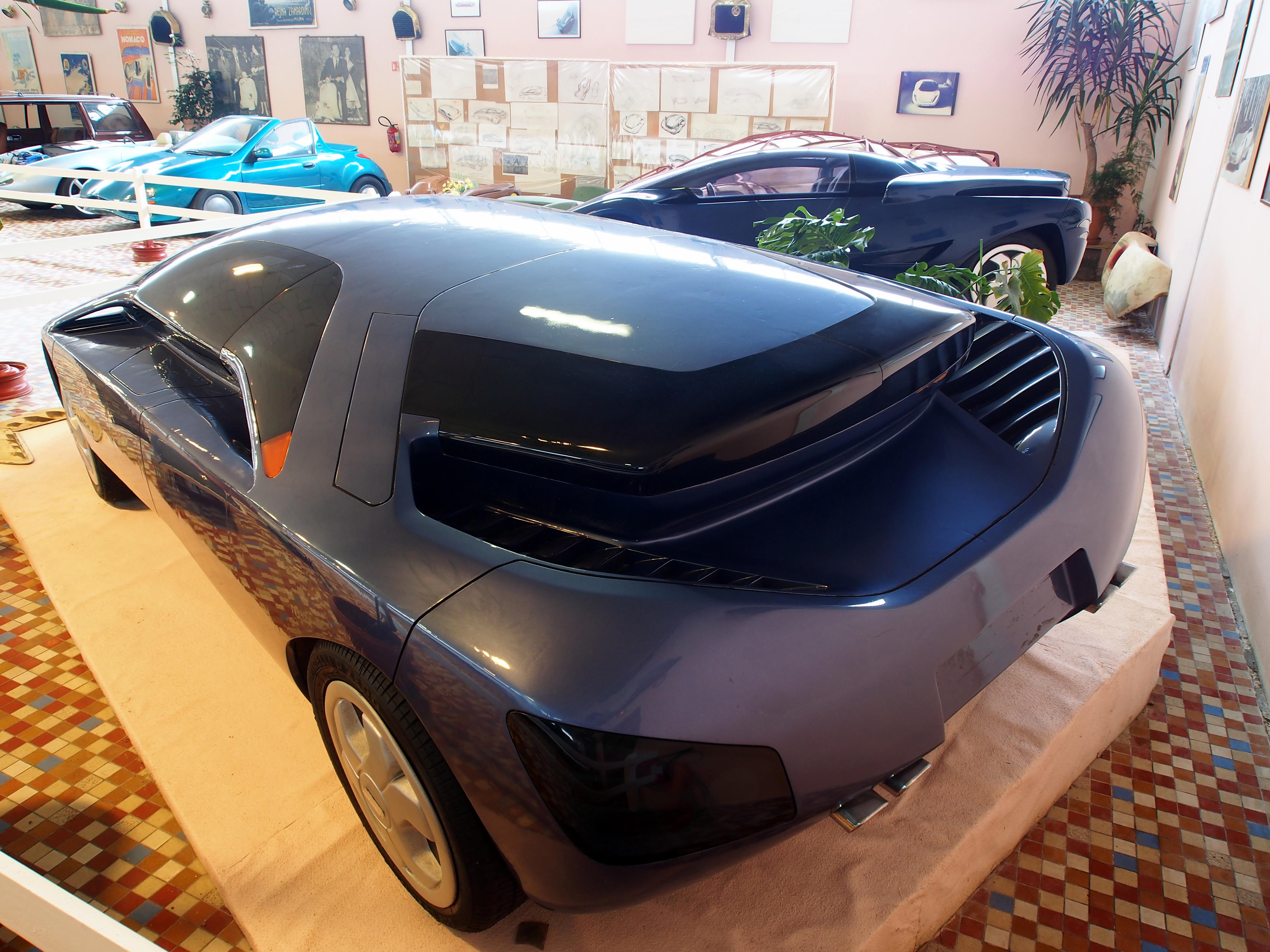 file art tech vera concept car at the mus e automobile de vend e pic 09 jpg wikimedia commons. Black Bedroom Furniture Sets. Home Design Ideas