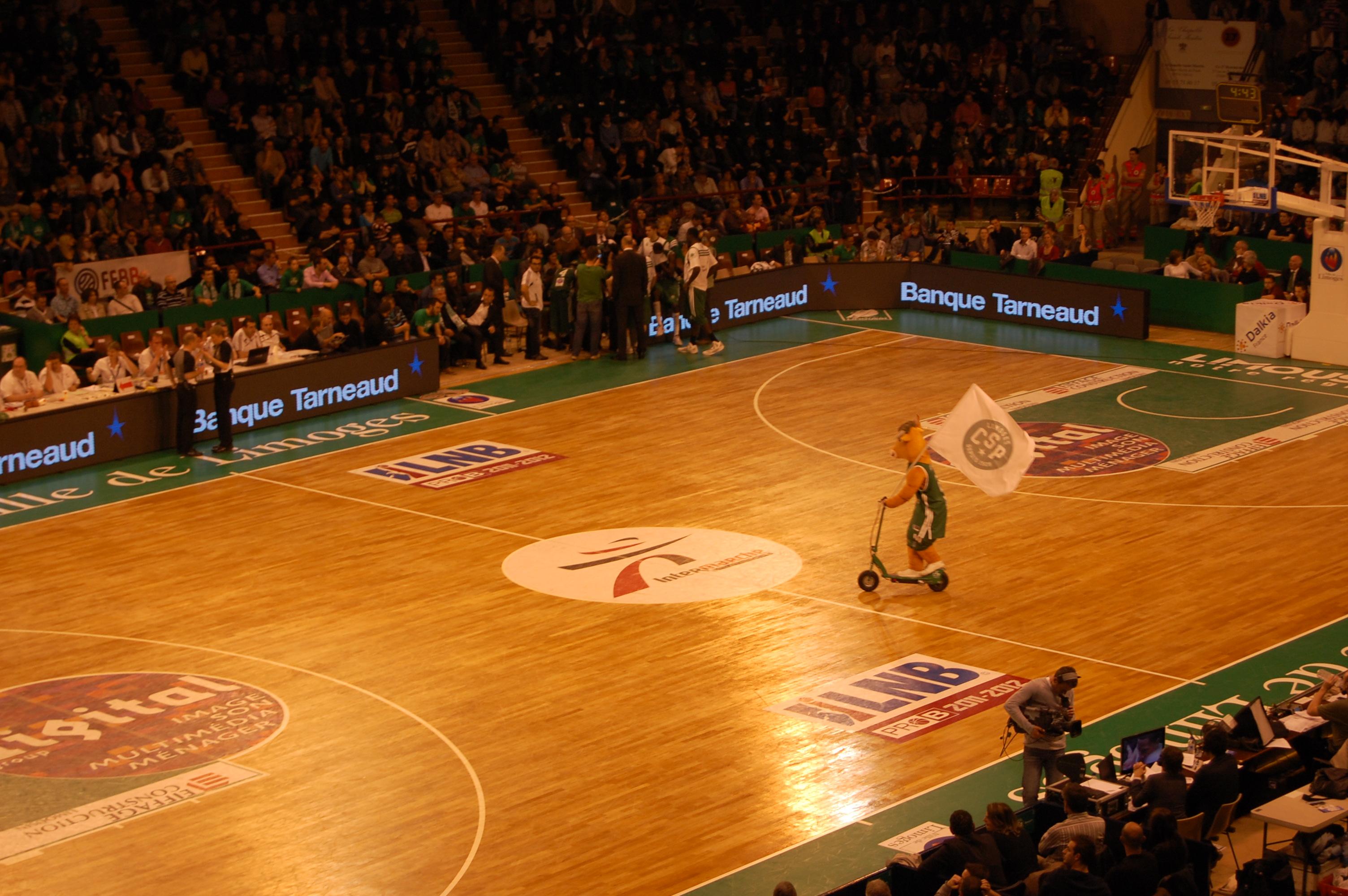 Pro A Un Nouveau Parquet Pour Limoges Parlons Basket