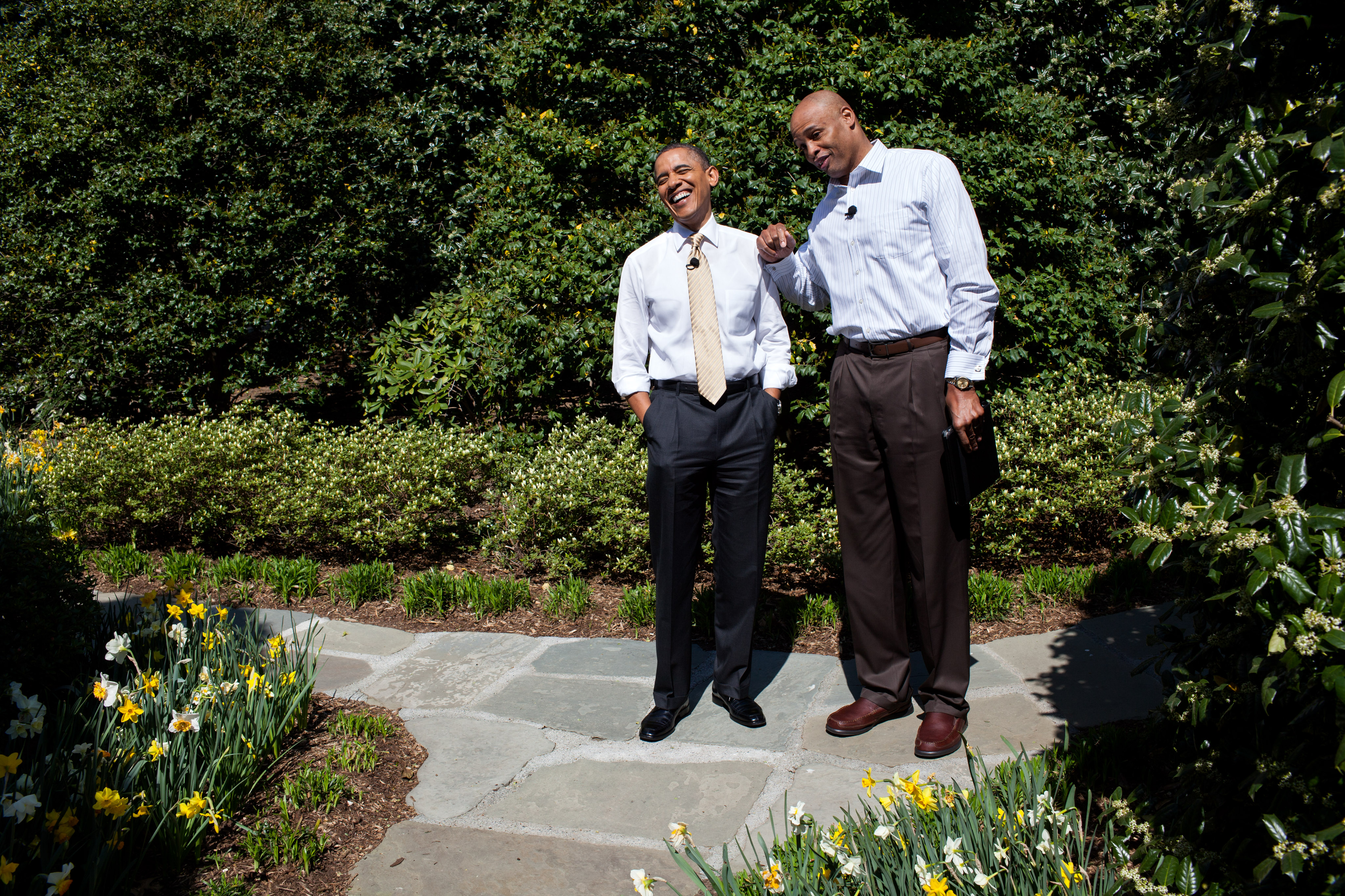 File Barack Obama and Clark Kellogg Wikimedia mons