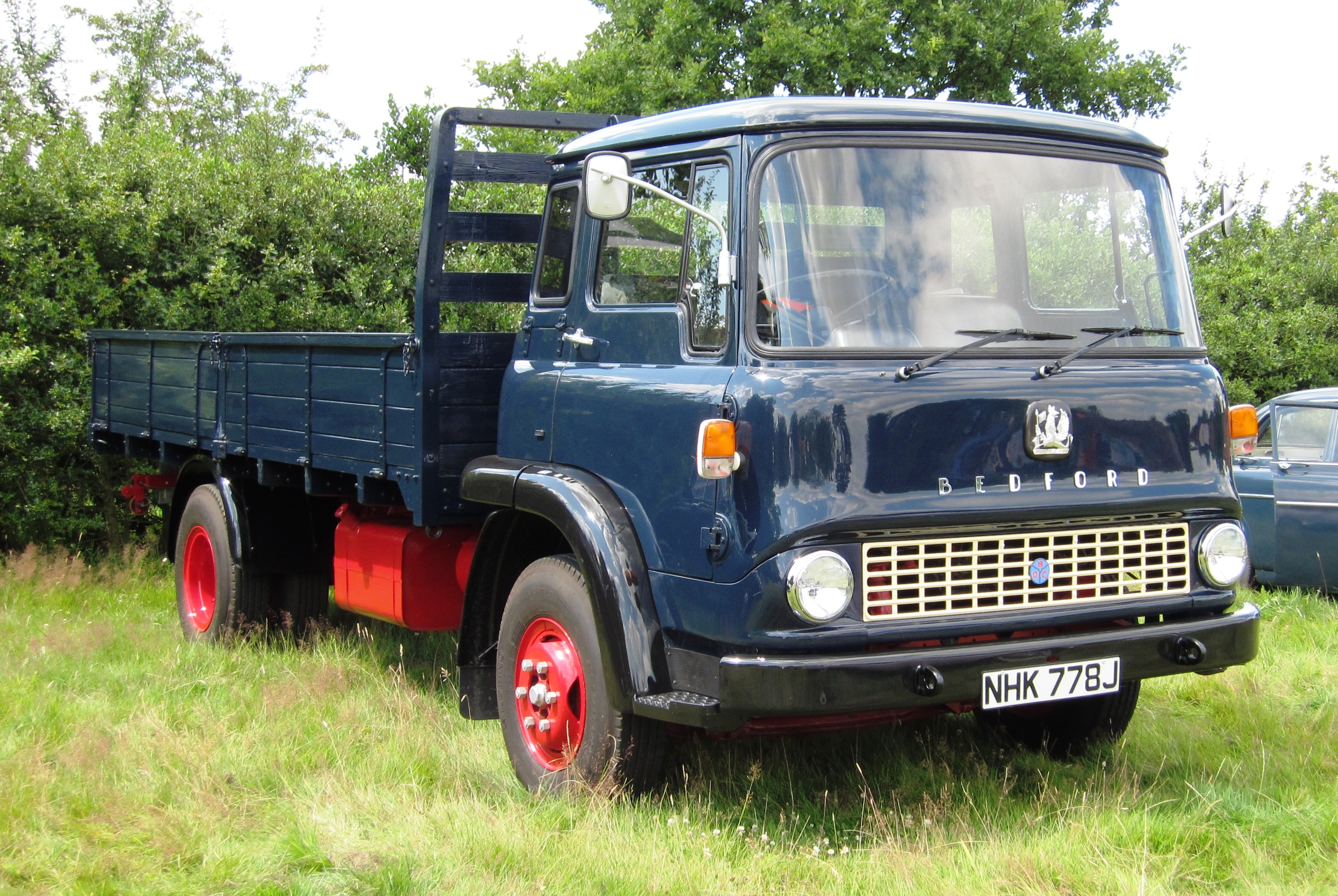 Anyone on here got any knowledge on Bedford TK's? | Retro ...