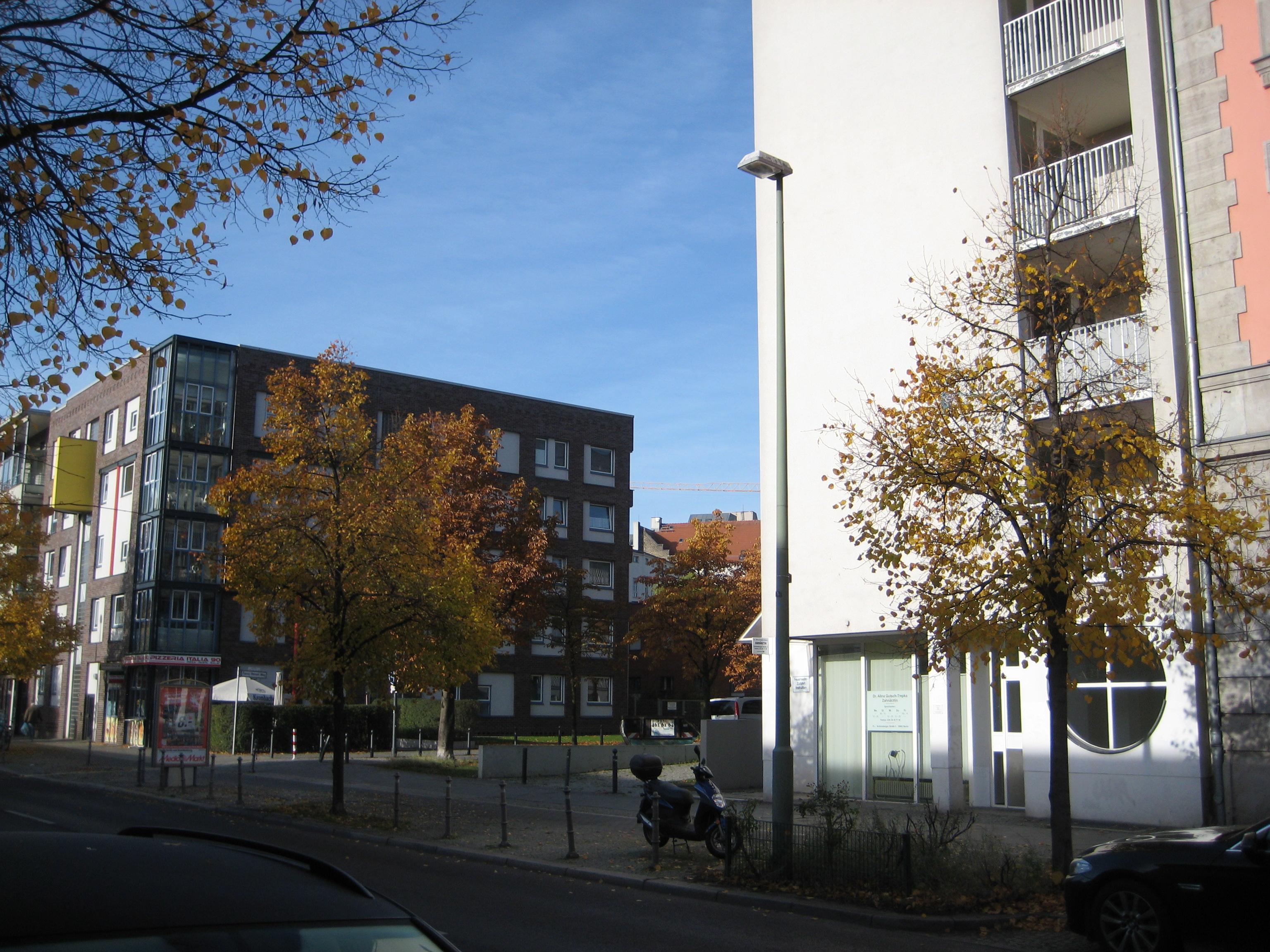 File:Berlin, Schöneberger Str, 2015 (Spezialsalzsyndikate ...