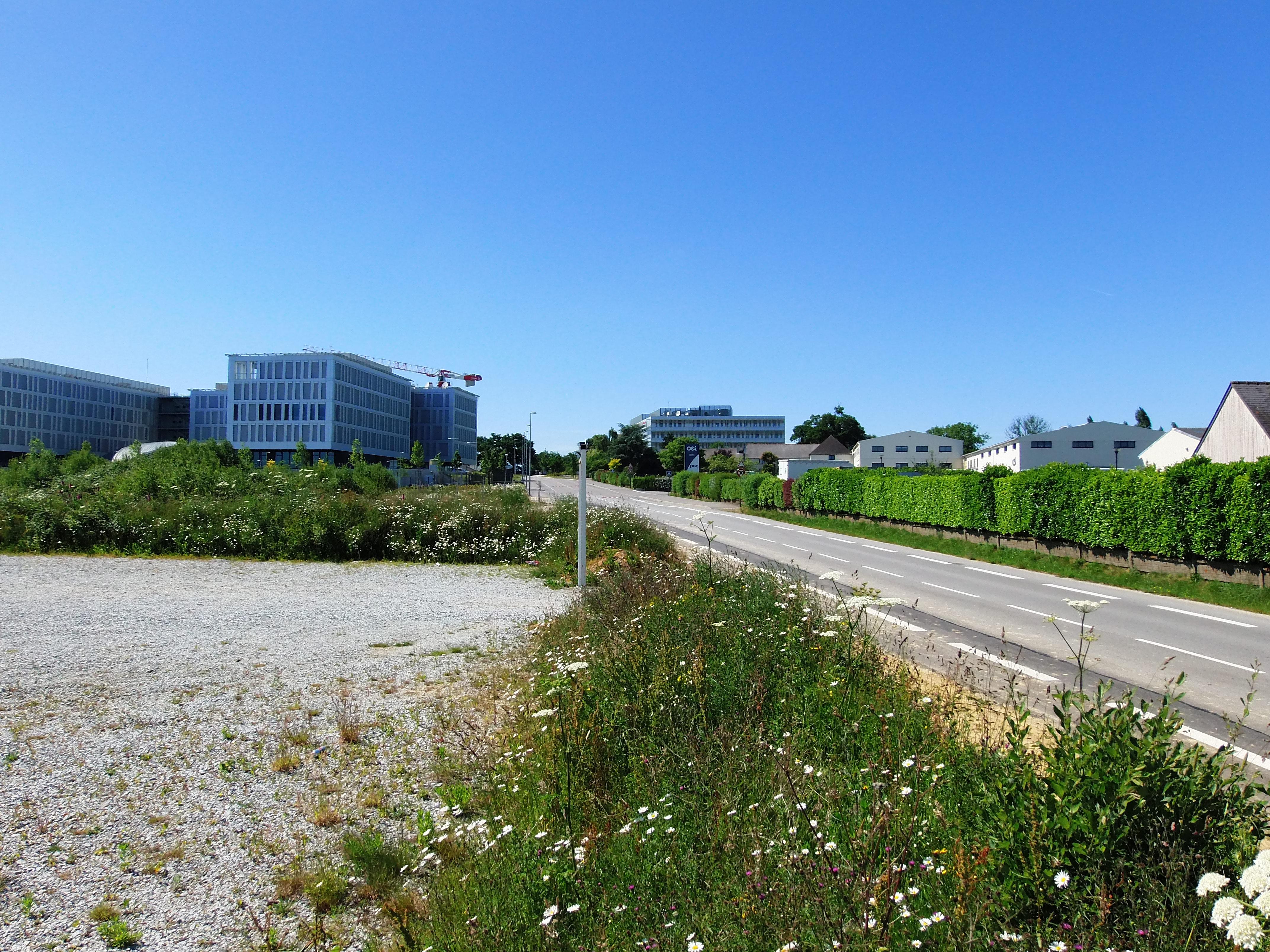 File:bureaux avenue des champs blancs.jpg wikimedia commons