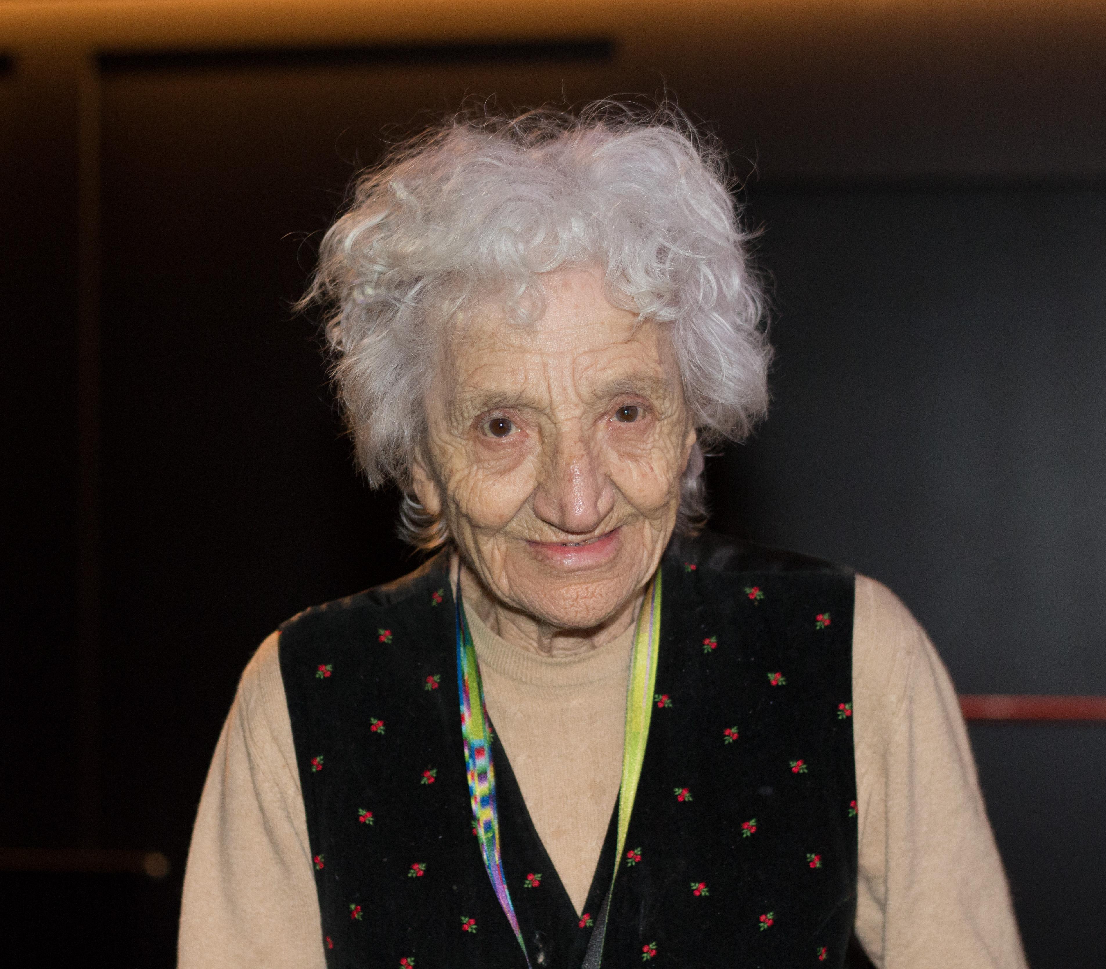Image of Cecilia Mangini from Wikidata