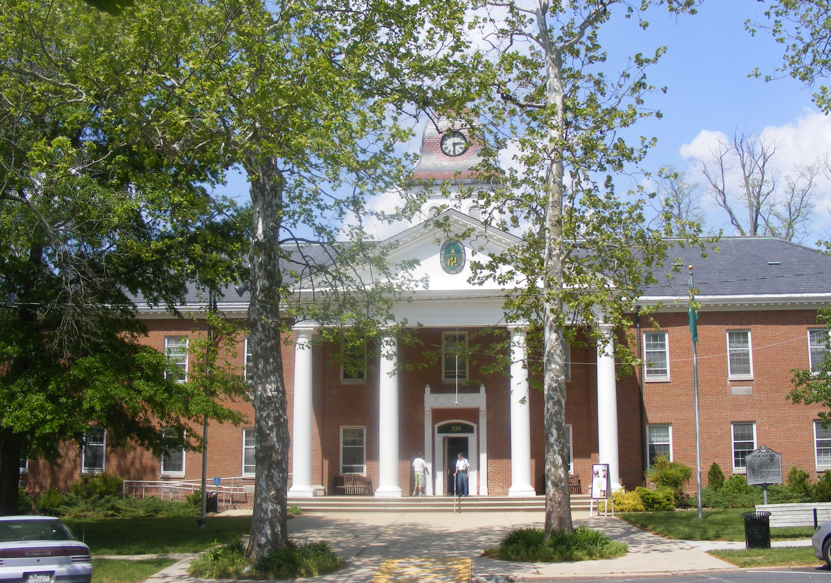 Caroline County Courthouse (Maryland) - Wikipedia