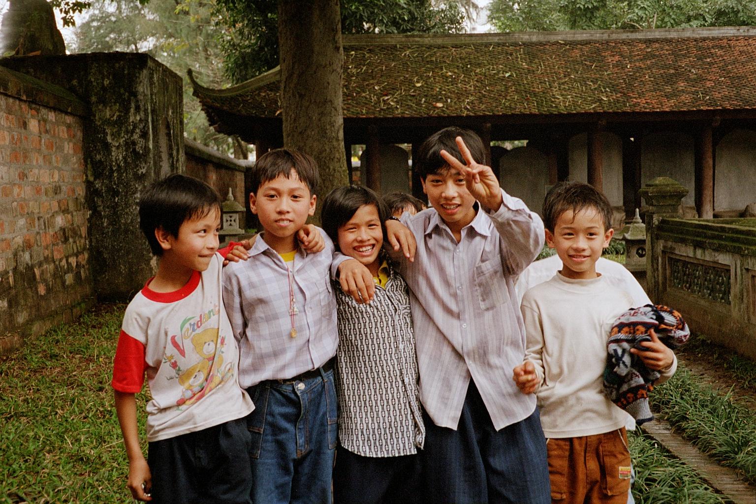 Https Commons Wikimedia Org Wiki File Children Hanoi Vietnam Jpg