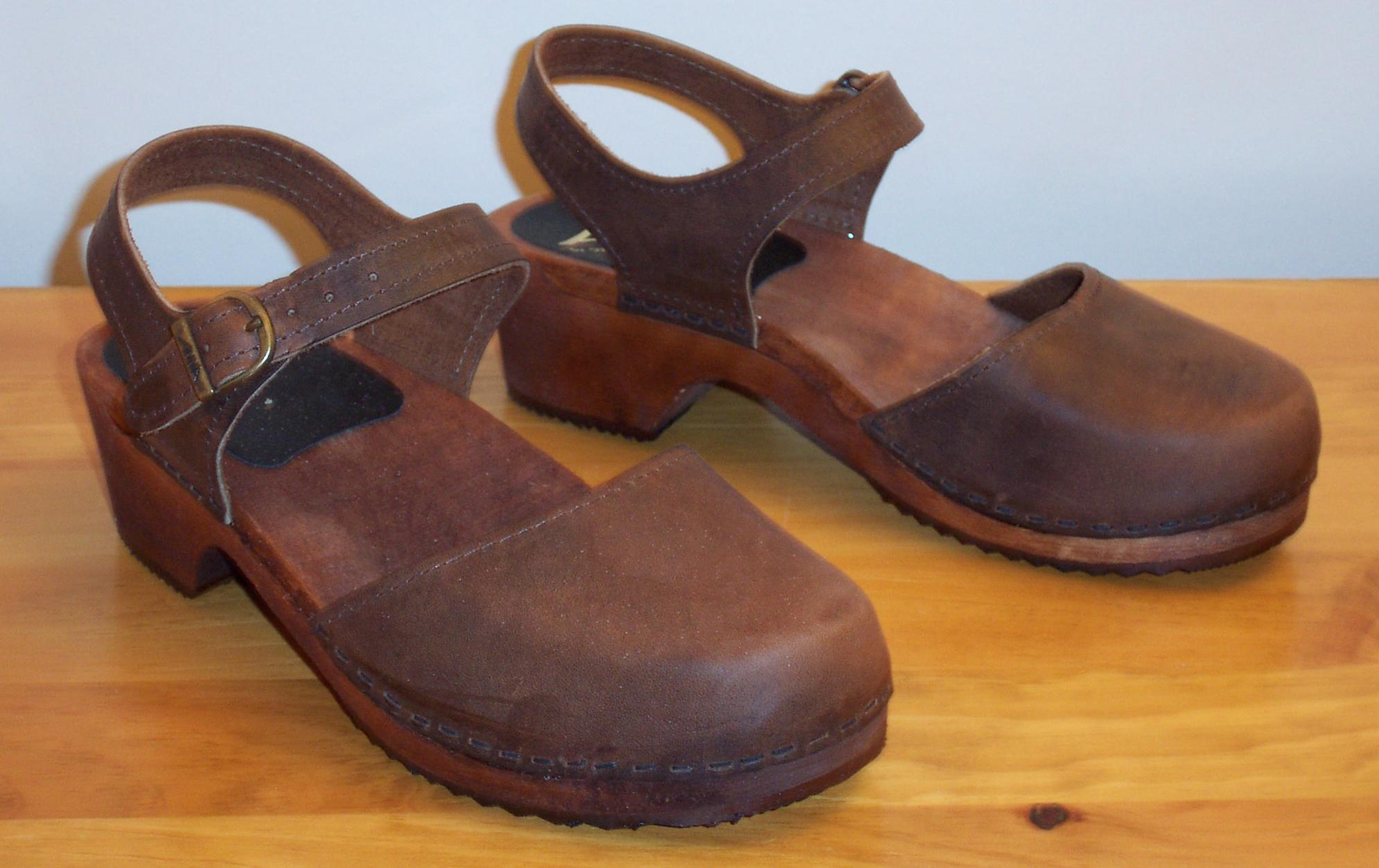 FileClogs With Wooden Sole And Leather Upper Mary Jane-style.jpg - Wikimedia Commons