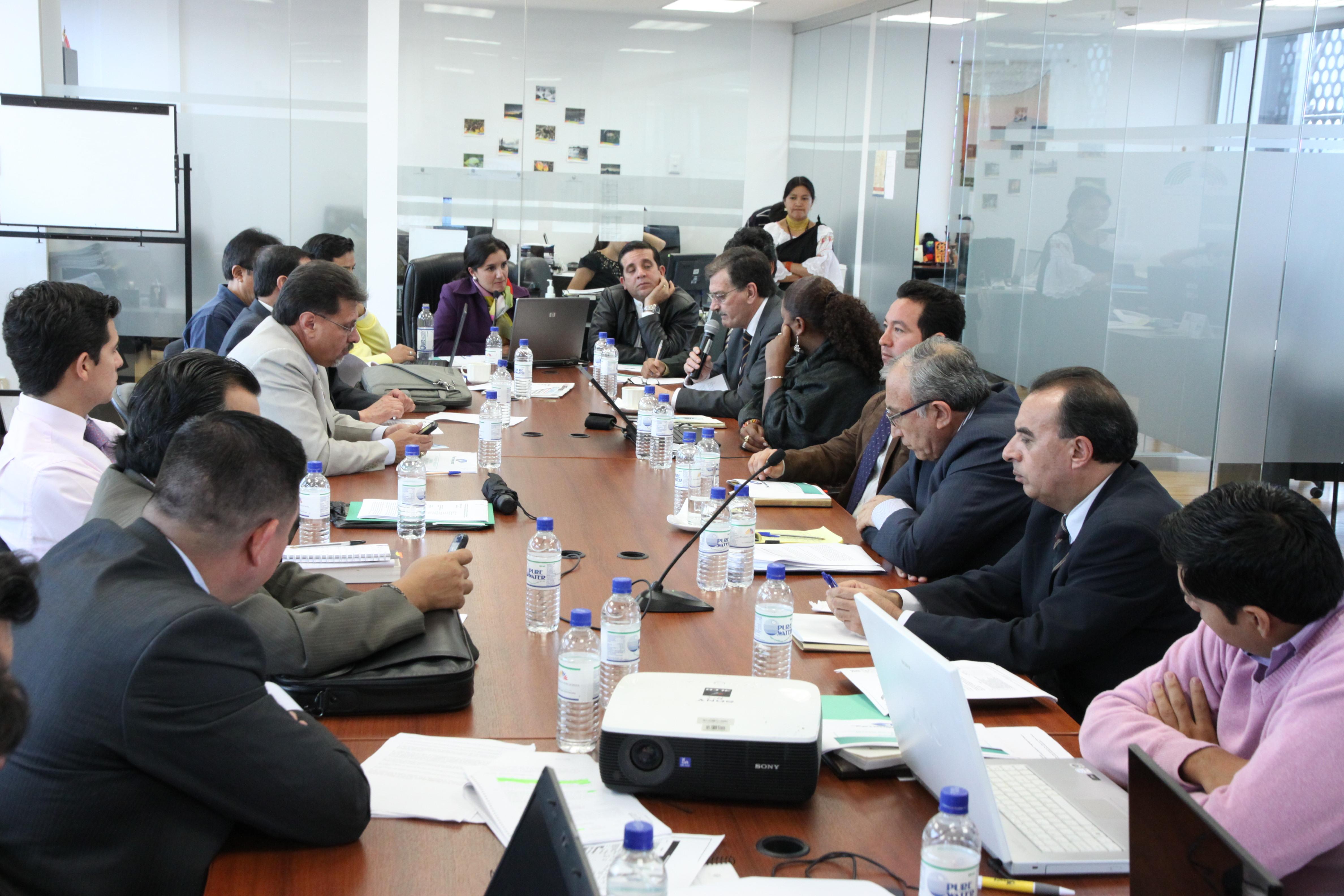Comisión de Biodiversidad recibe al ministro de Recursos Naturales no Renovables, Wilson Pástor; los gerentes de EP PETROECUADOR; y, de Seguridad Ambiental