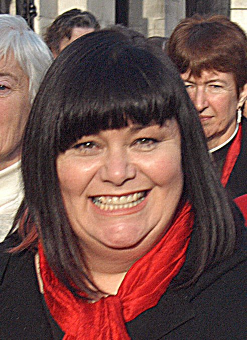 http://upload.wikimedia.org/wikipedia/commons/c/c7/Dawn_French_3.jpg