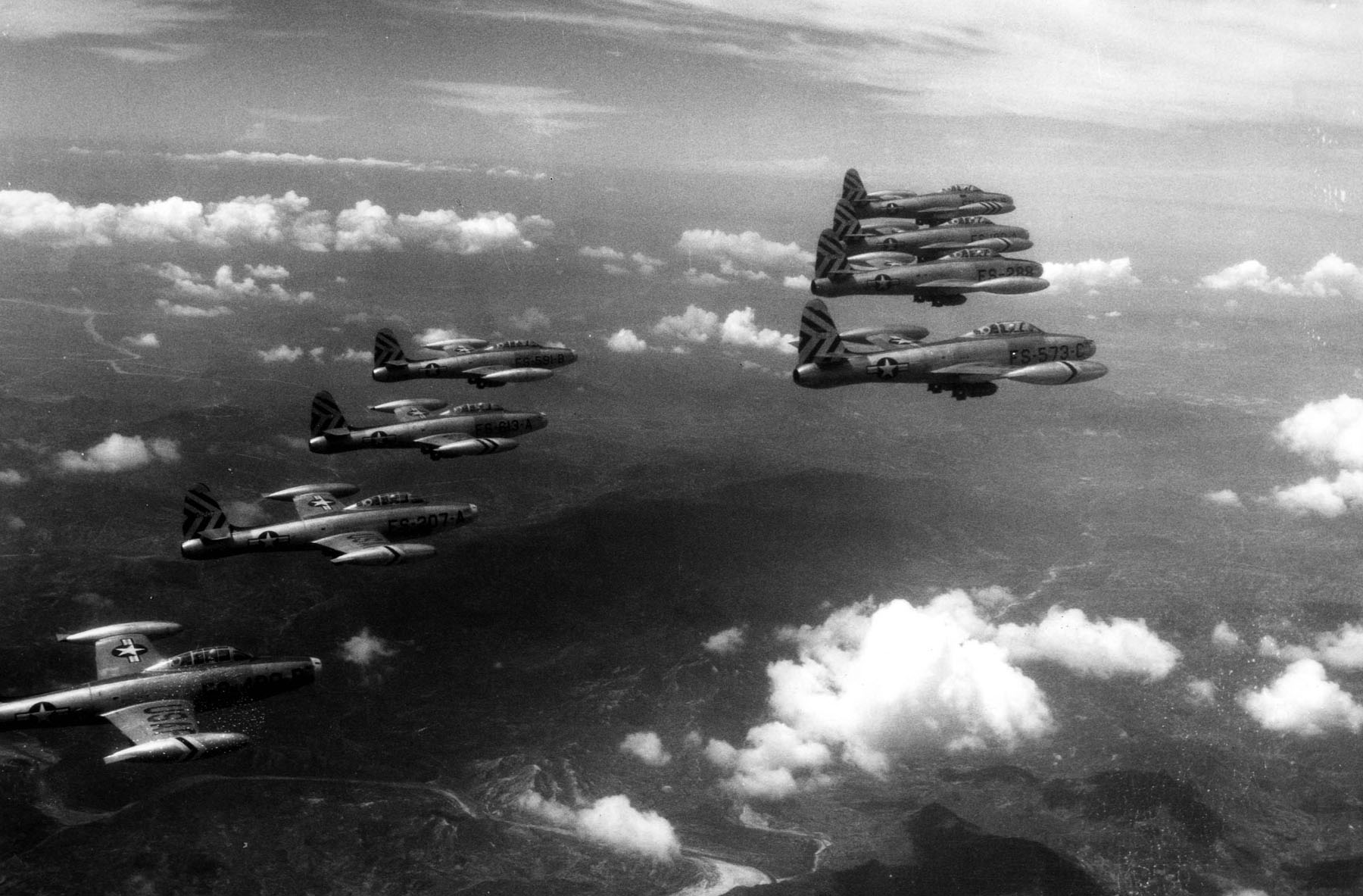 FileF 84Es 474th FBW Over Korea 1952