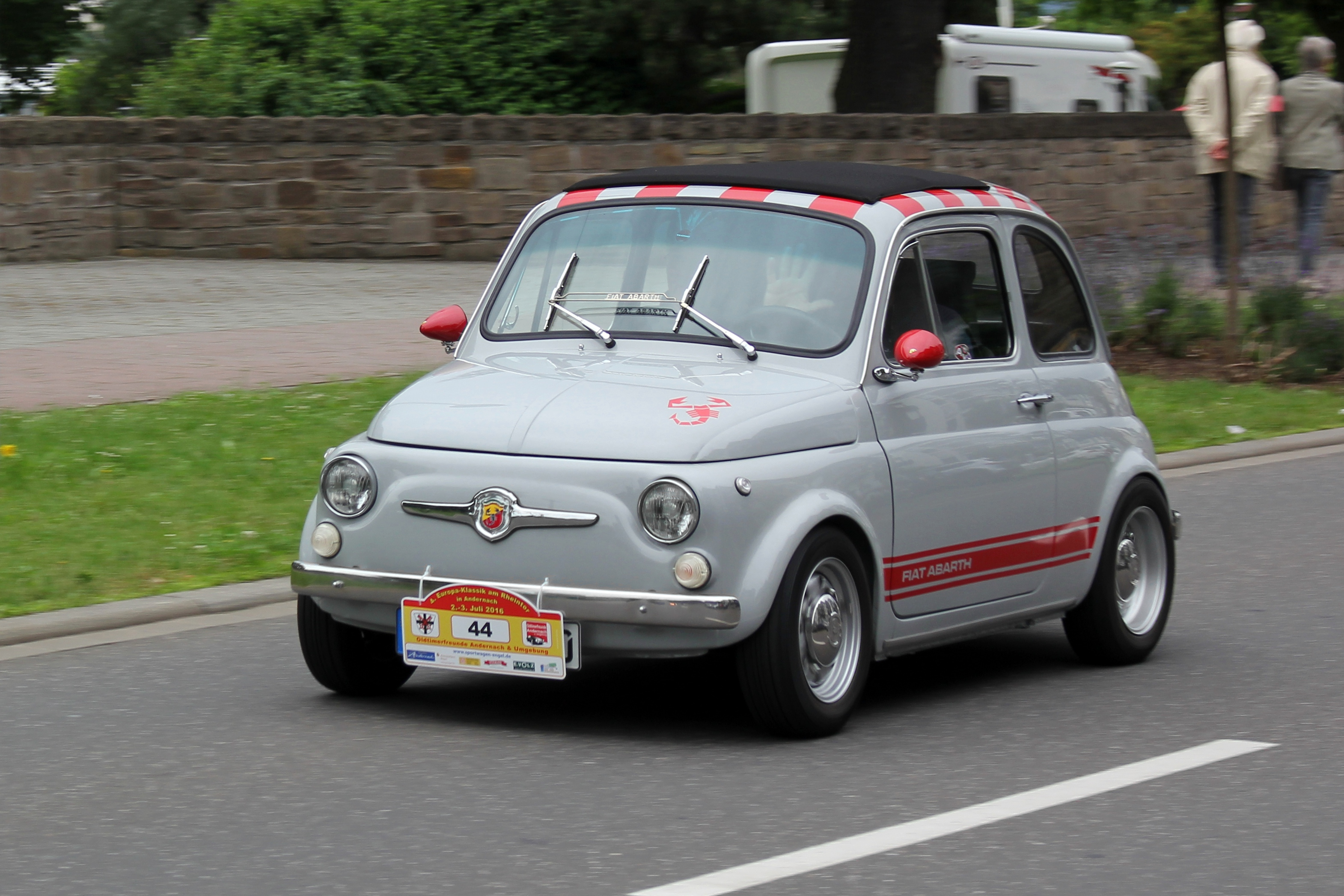 file fiat abarth 595 bj 1972 in fahrt 2016 07 02 sp jpg wikimedia commons. Black Bedroom Furniture Sets. Home Design Ideas