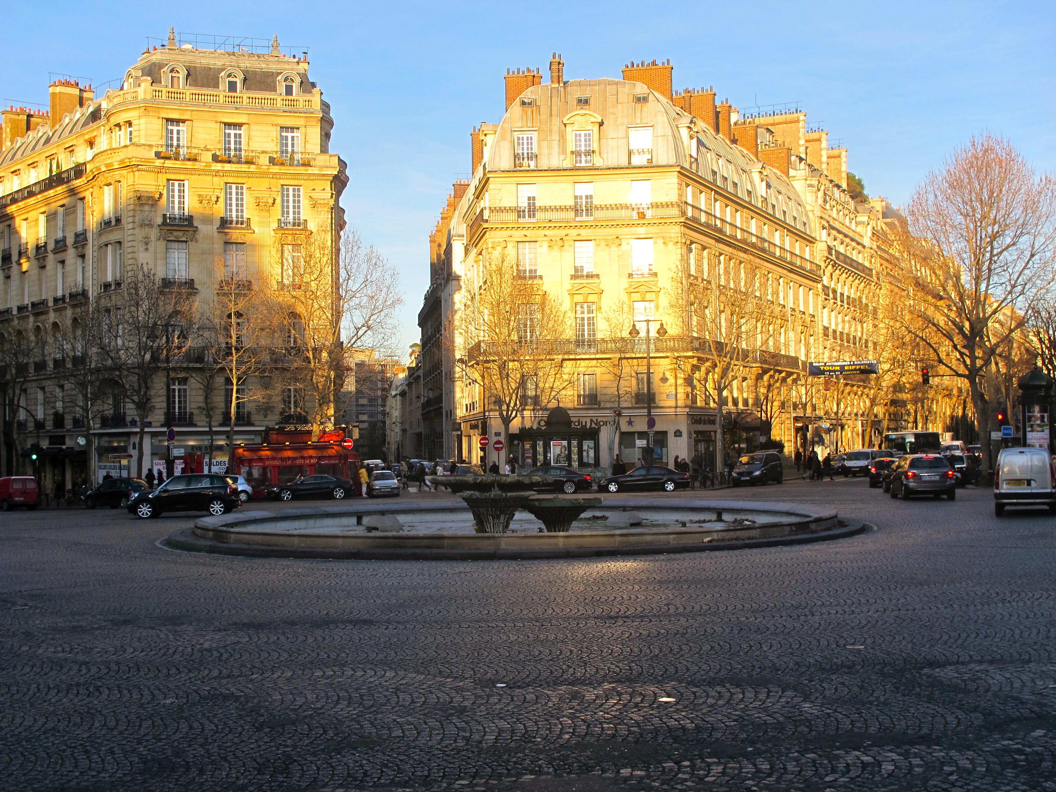 File fontaine de la place victor hugo paris jpg wikimedia commons - Victor hugo paris 16 ...