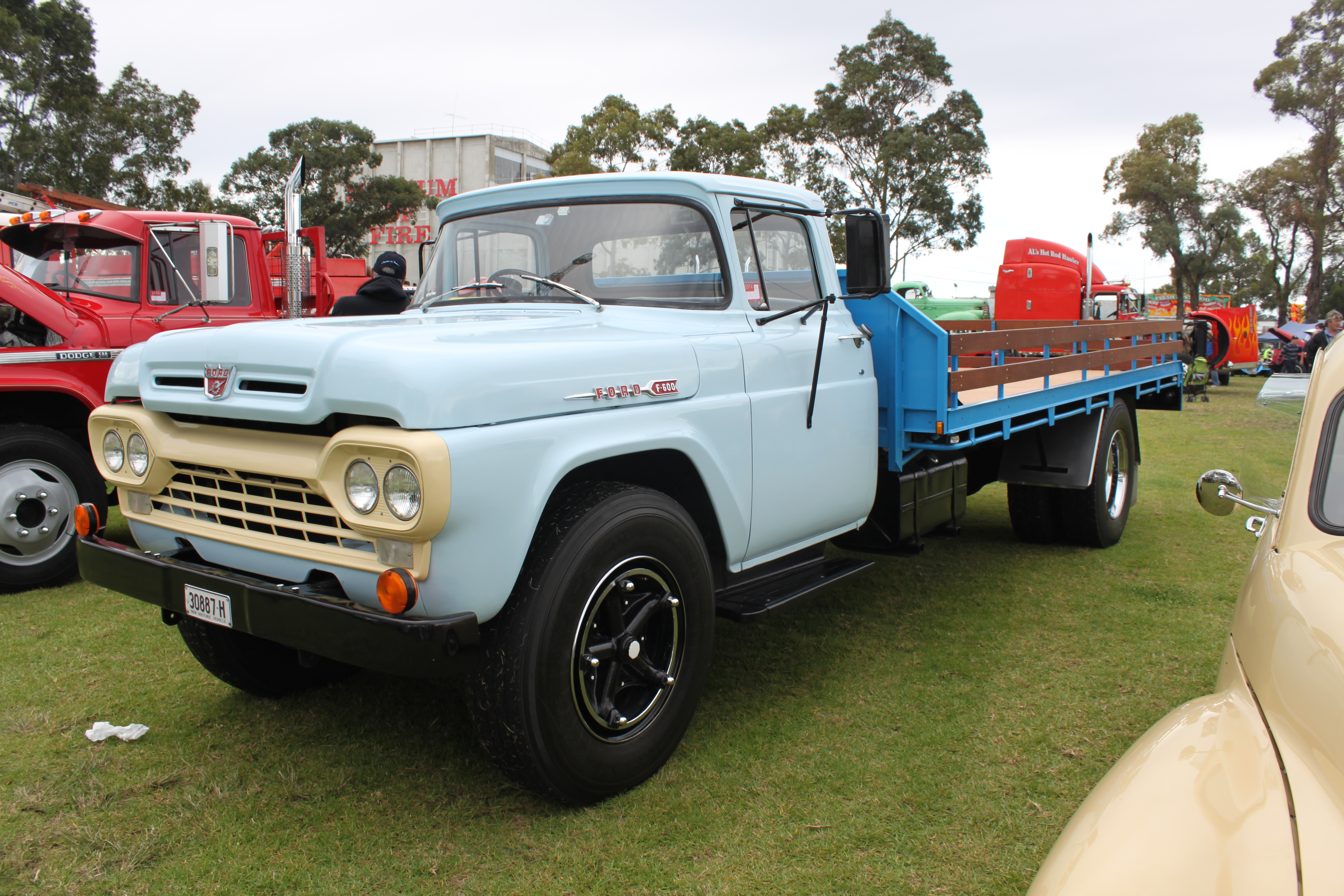Ford F600 Wiki
