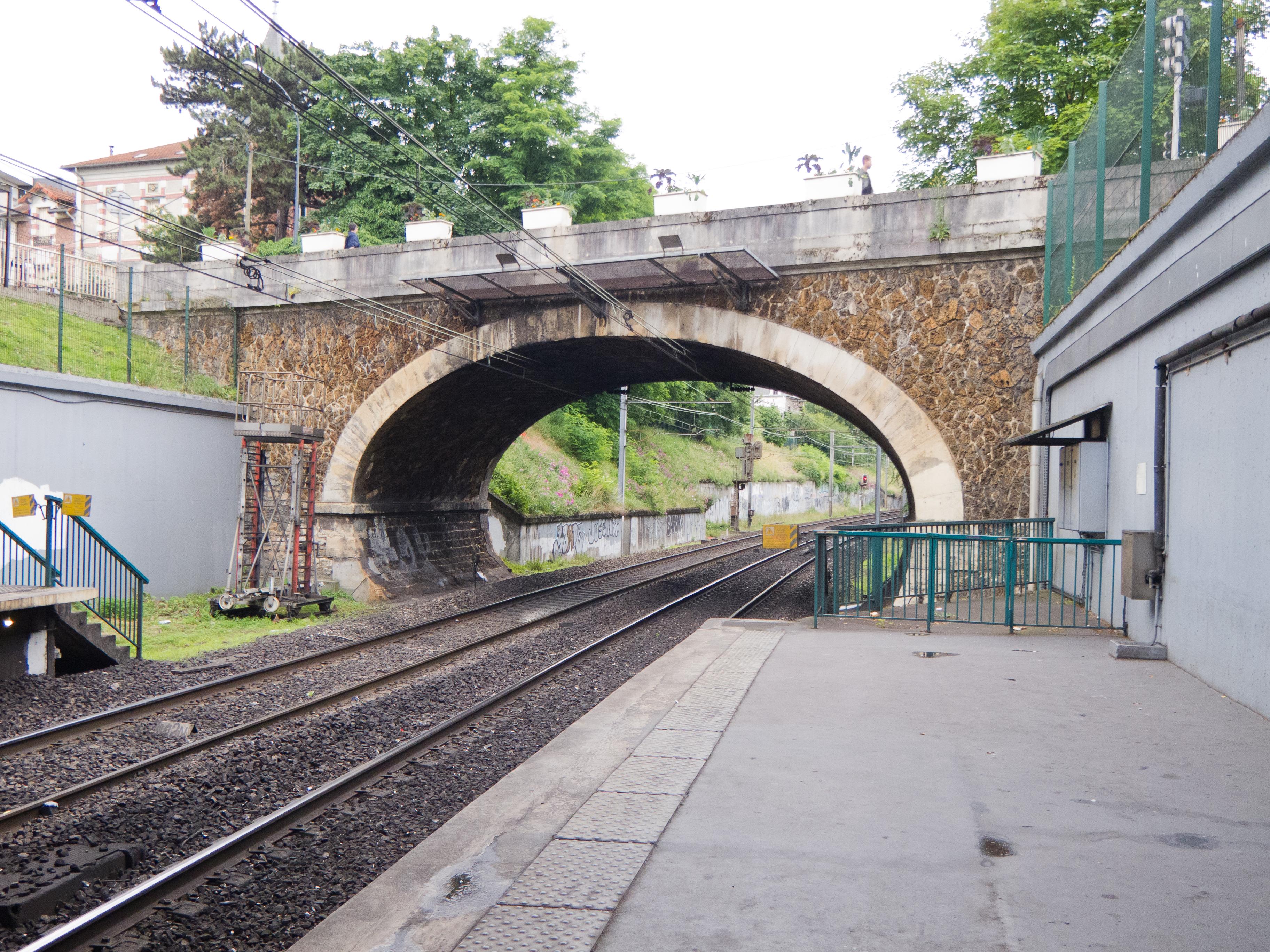 Fontenay Sous Bois Rer images
