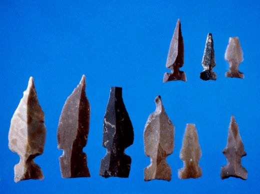 File:Gesher Pre-Pottery Neolithic A flint arrowheads.jpg