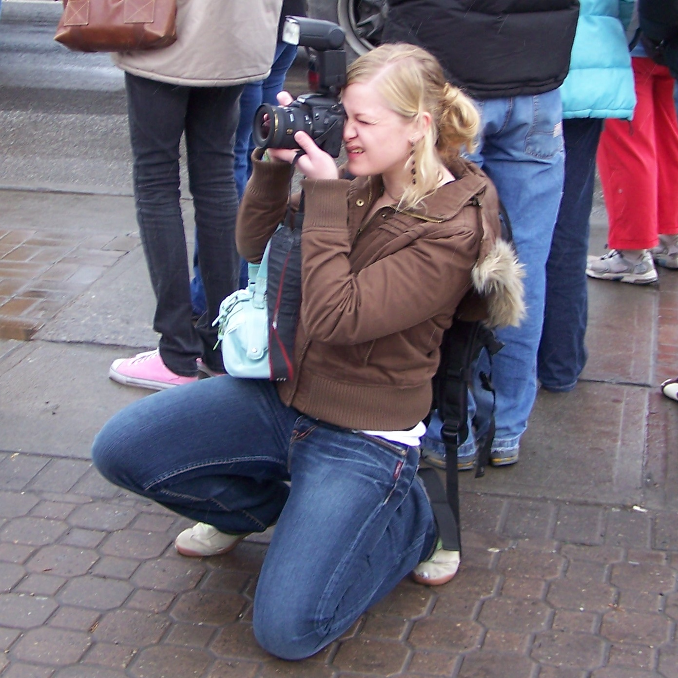 Taking photos in raw mode