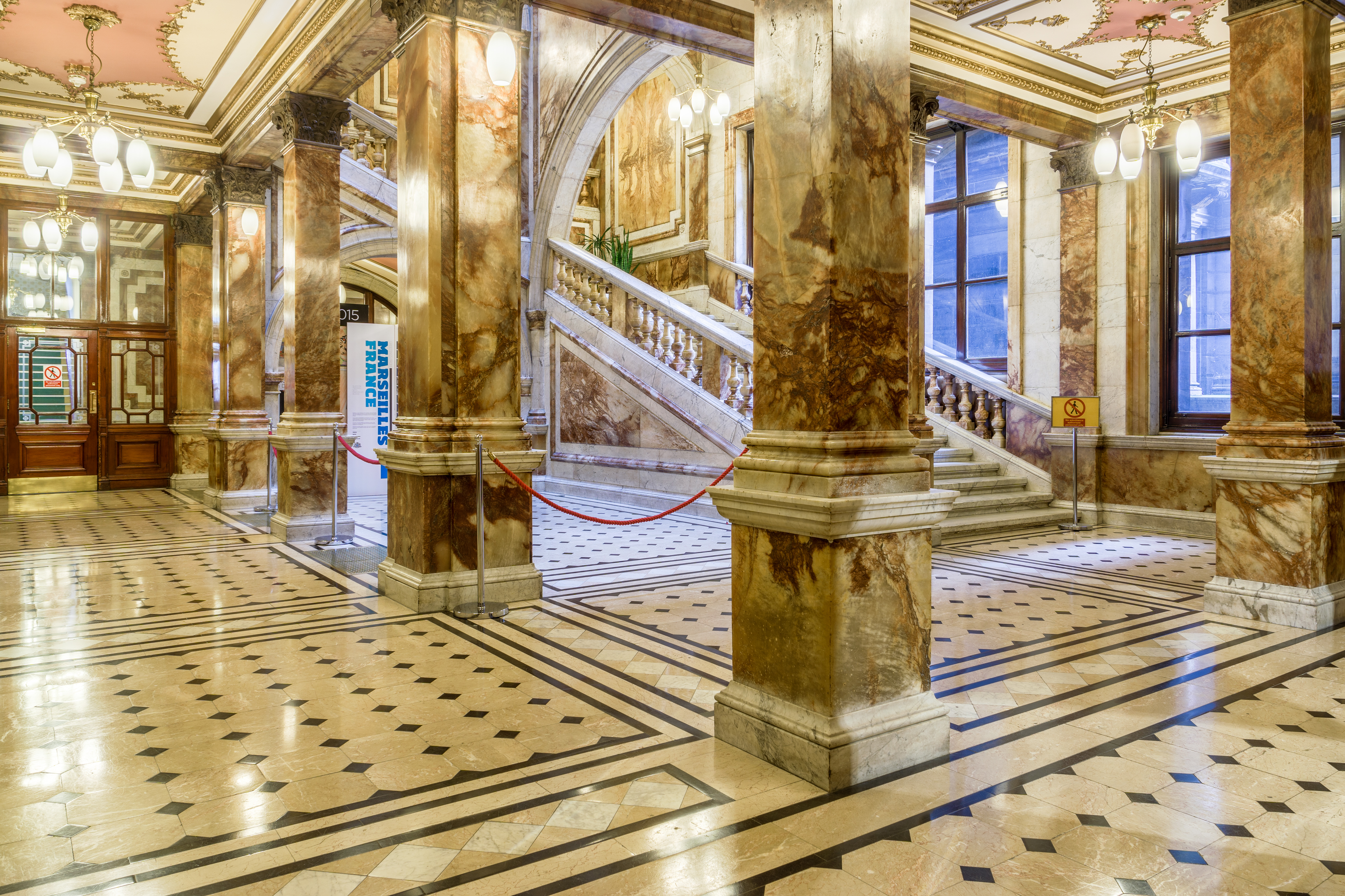 File:Glasgow City Chambers   Carrara Marble Staircase   4