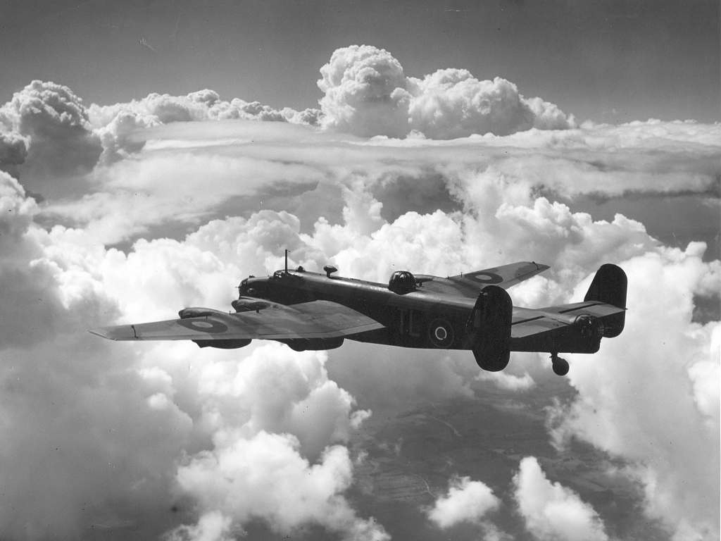 Handley Page Halifax Mk III ExCC.jpg