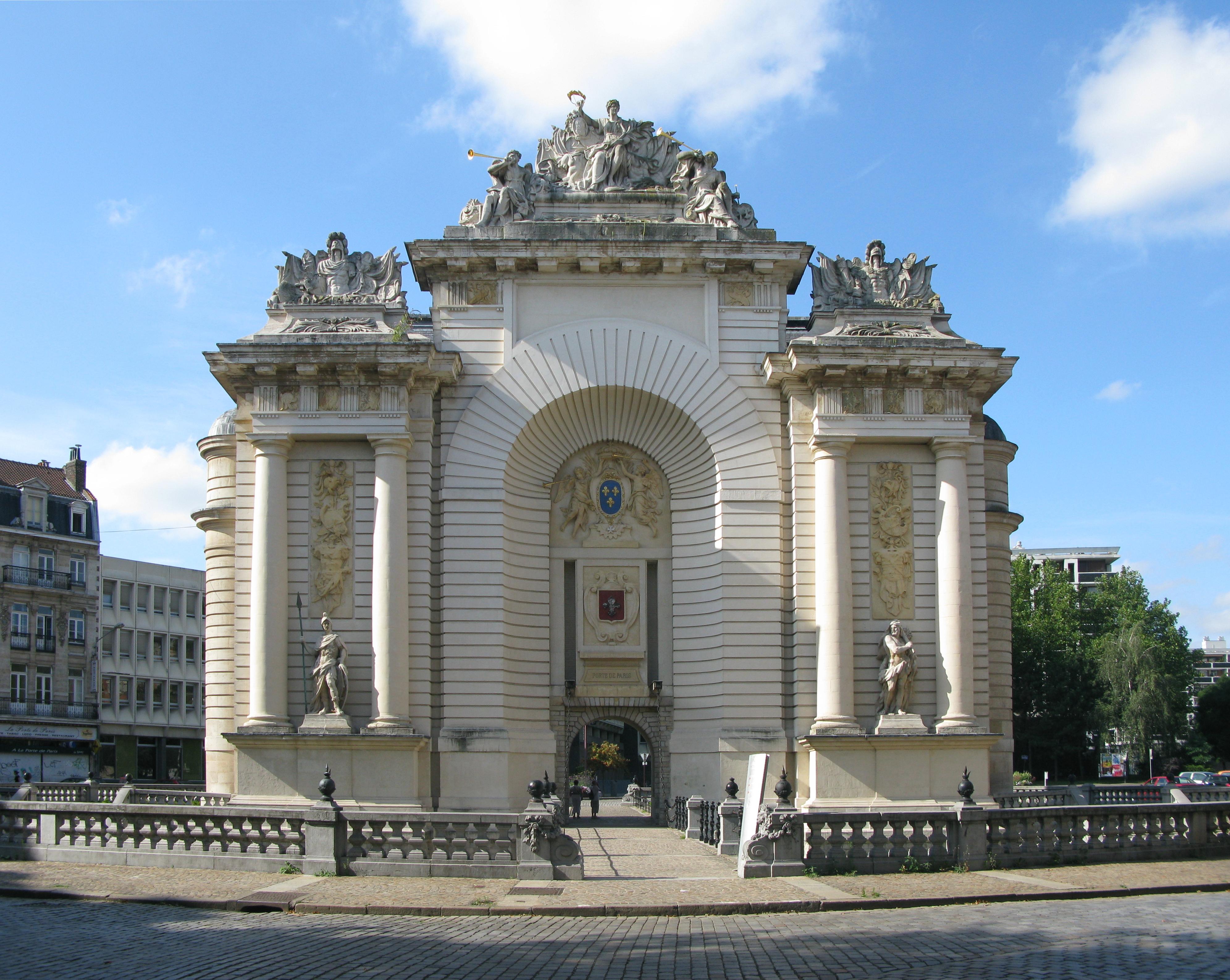 File Jielbeaumadier Porte De Paris Lille 2009 Jpg Wikimedia Commons