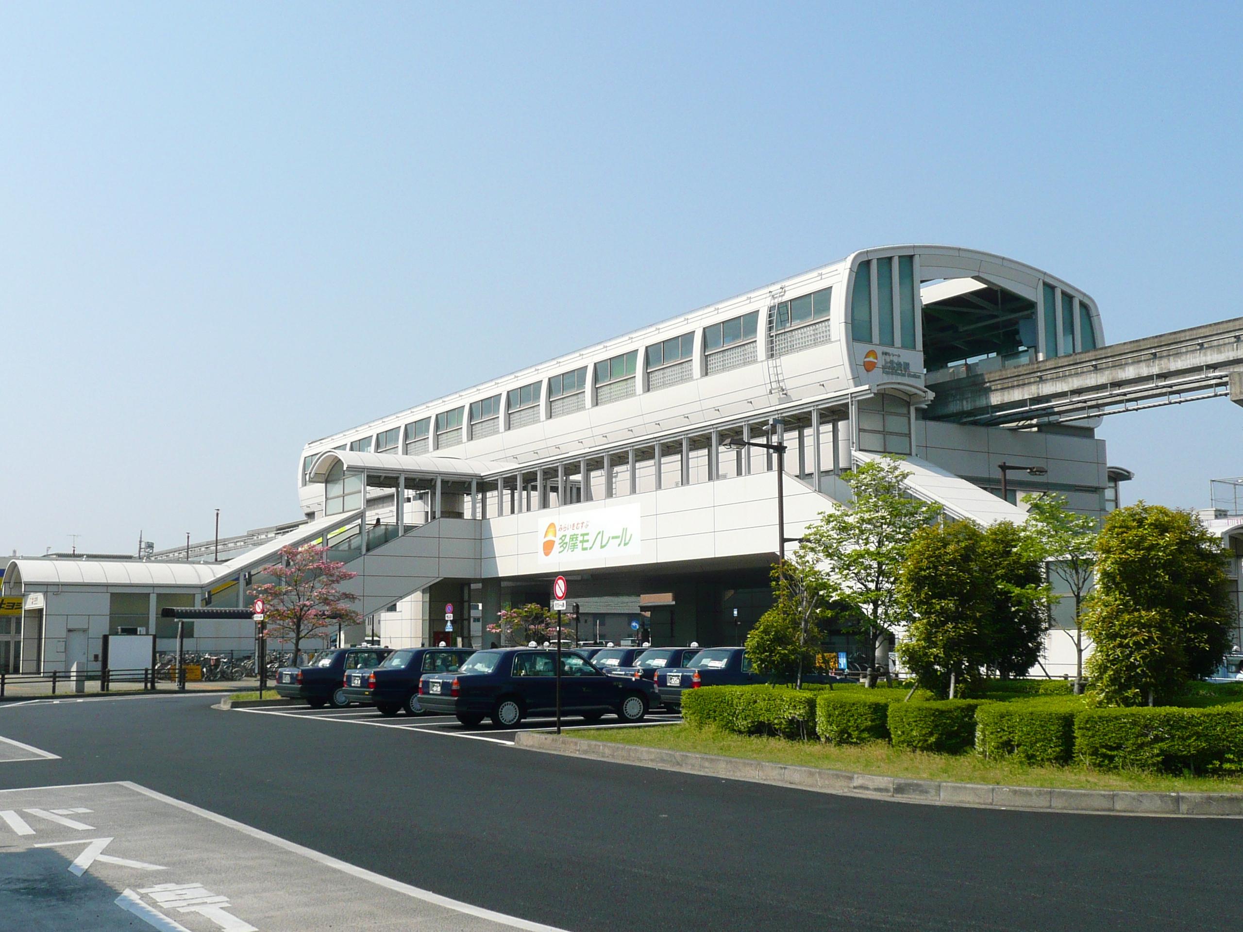 https://upload.wikimedia.org/wikipedia/commons/c/c7/Kamikitadai-Sta-1.JPG