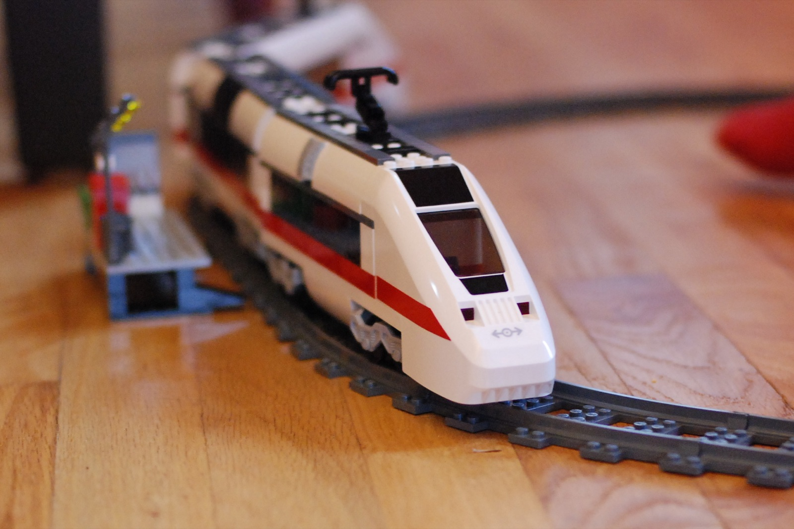 filelego 7897 city passenger train 2006jpg wikimedia