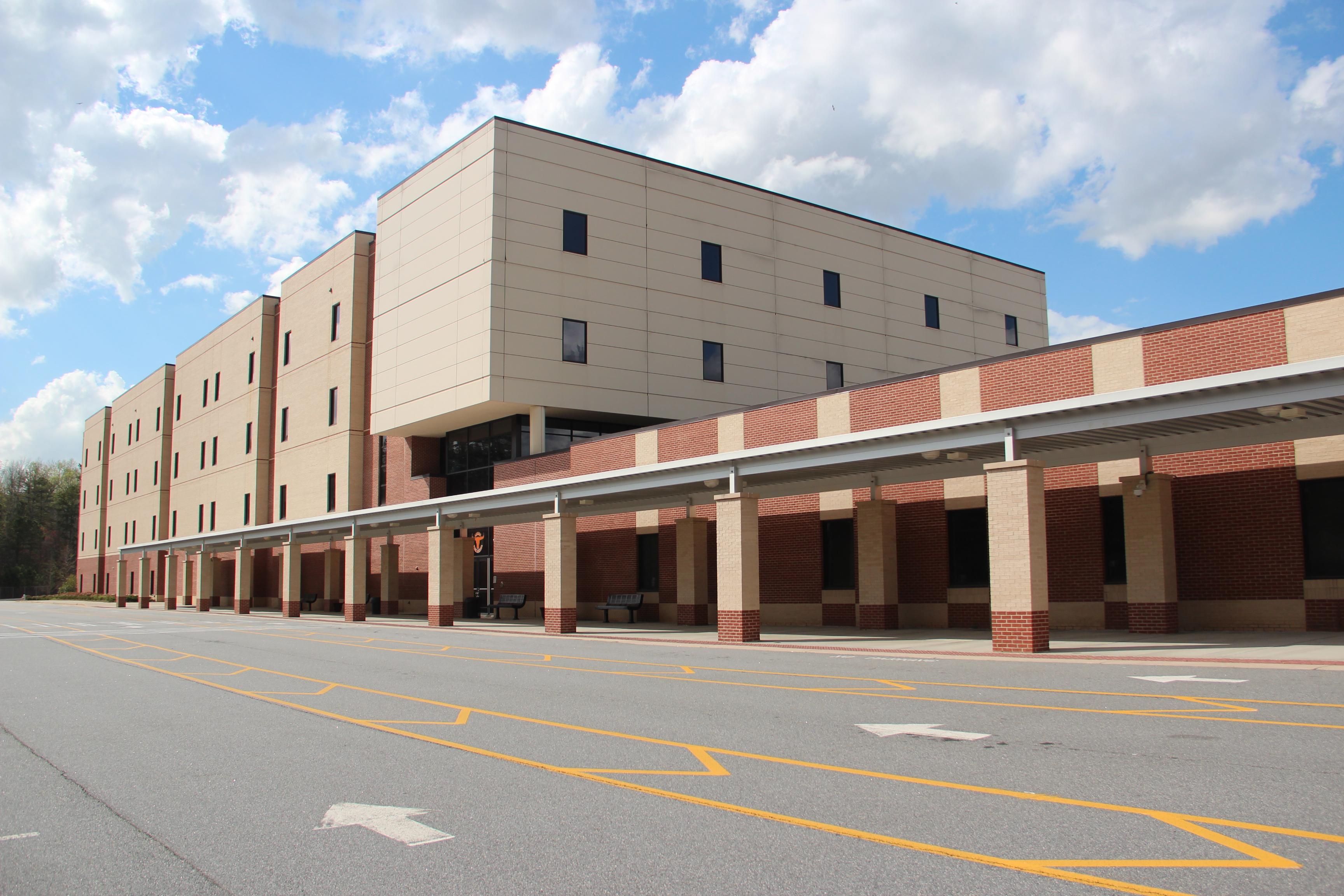 Gwinnett County High School Soccer Locker Room