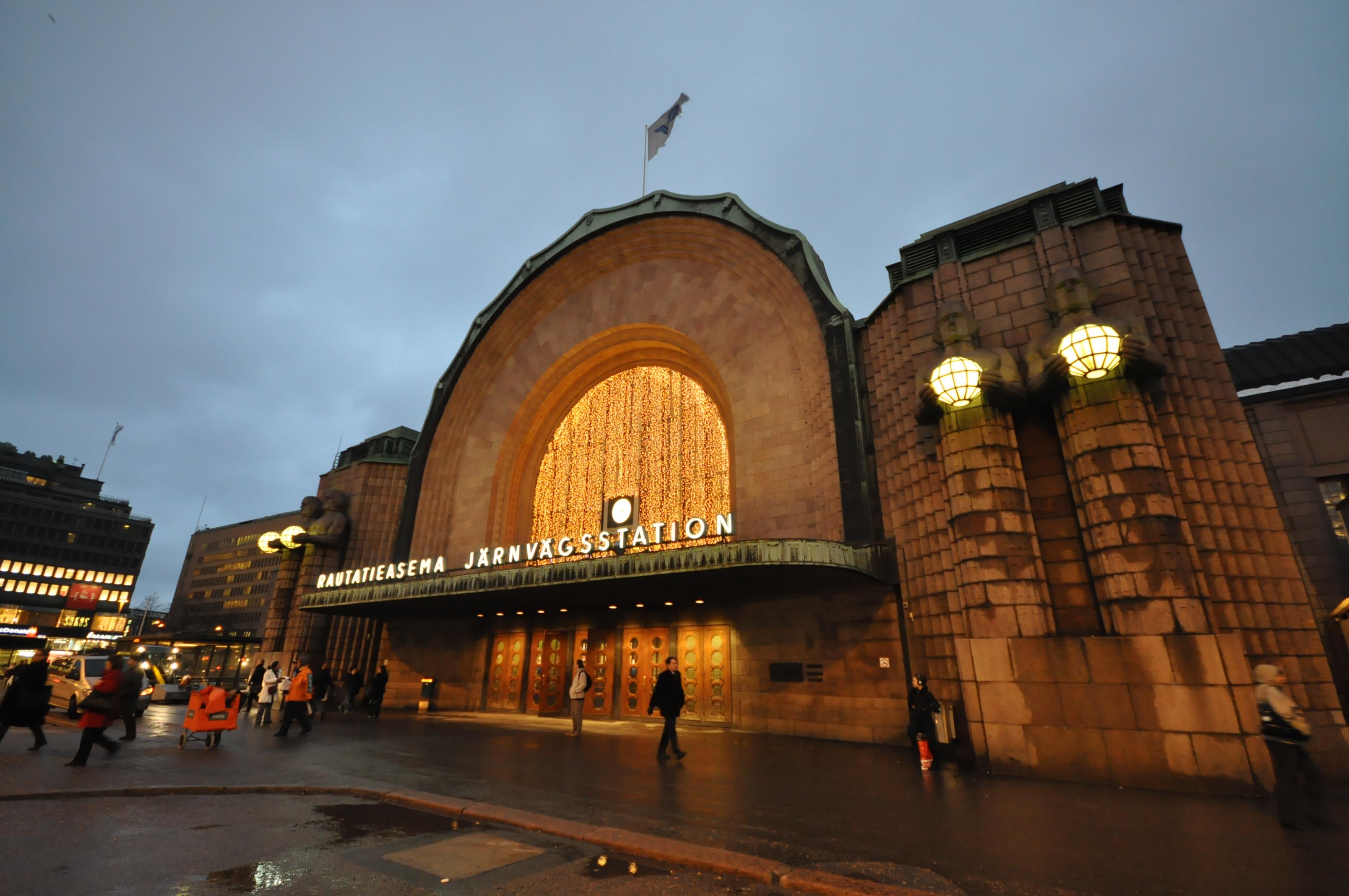 Helsingin Rautatieasema Liikkeet