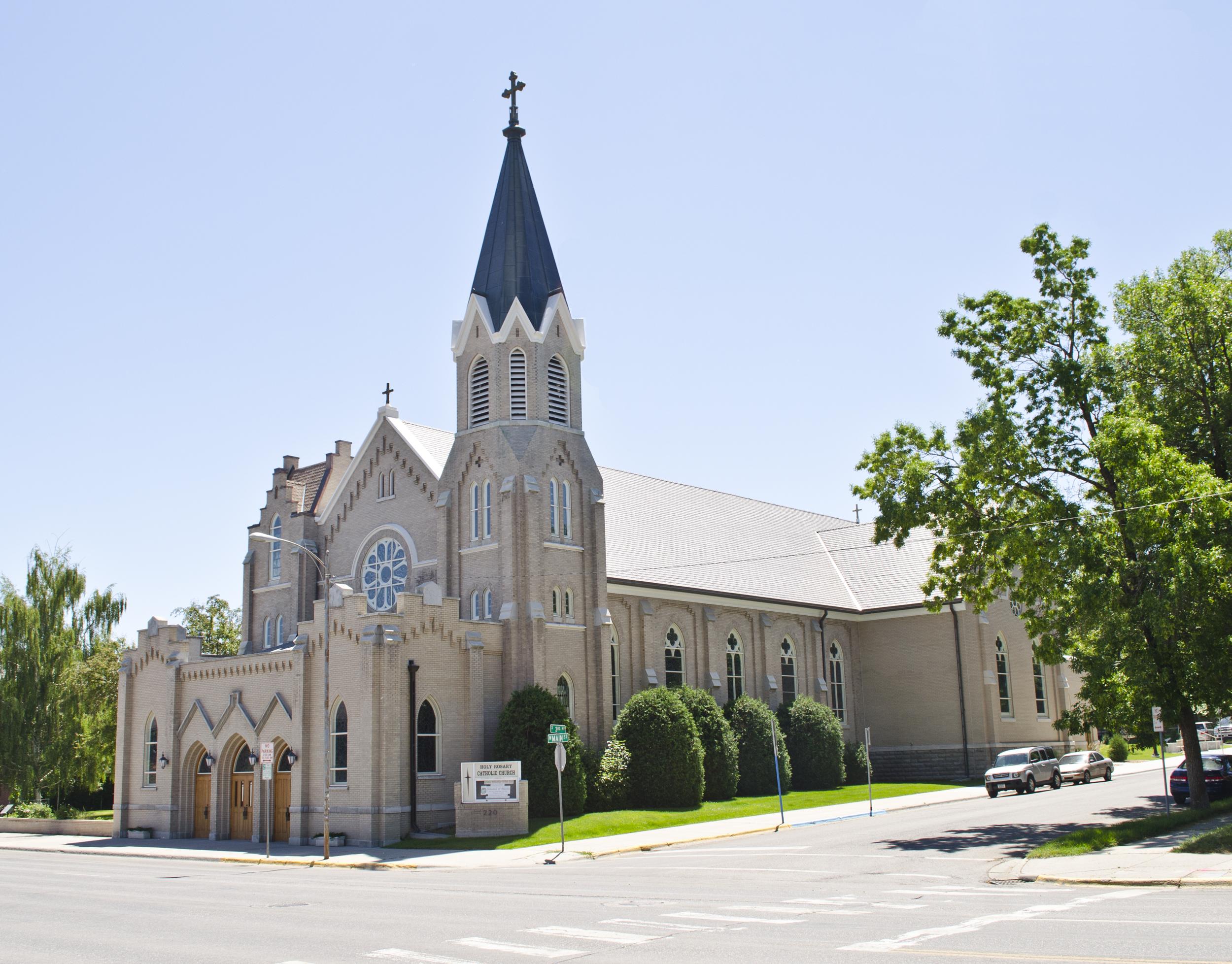 File:Looking SE at Holy Rosary Church - Bozeman Montana - 2013-070-09.jpg