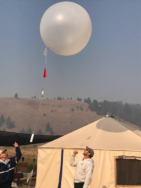 File:Meyer Fire - Weather balloon 01 jpg - Wikimedia Commons