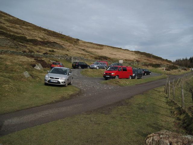 Moel Arthur Car-park. - geograph.org.uk - 1171841