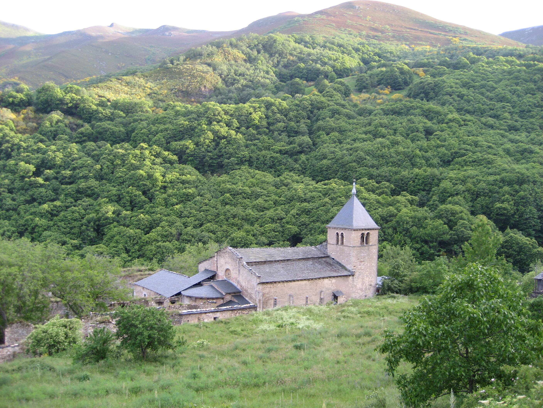 file monasterio de san pedro de montes jpg wikimedia commons