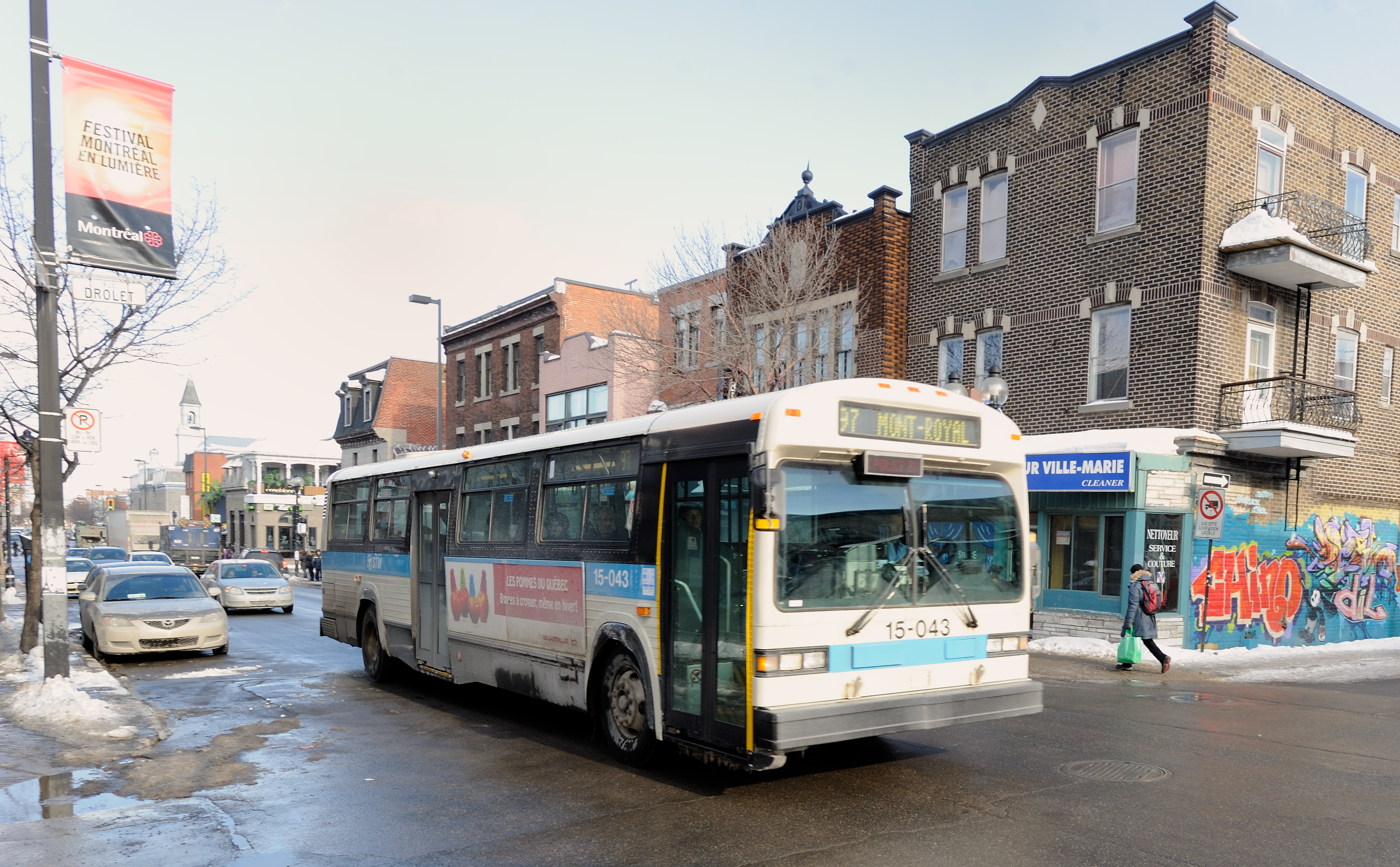 File Montreal Stm 97 Bus At Drolet And Mont Royal Png Wikimedia Commons