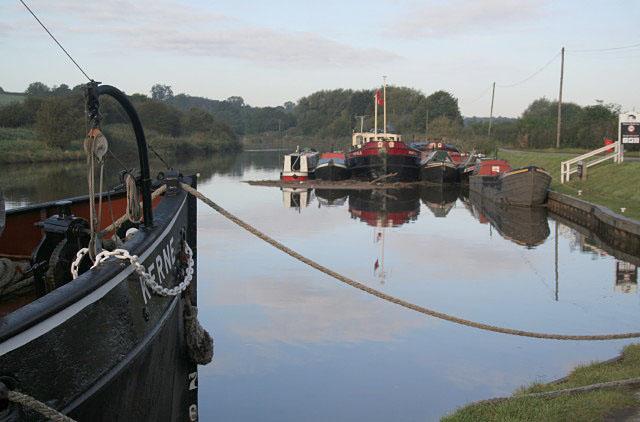 Morning at Acton Bridge - geograph.org.uk - 998766