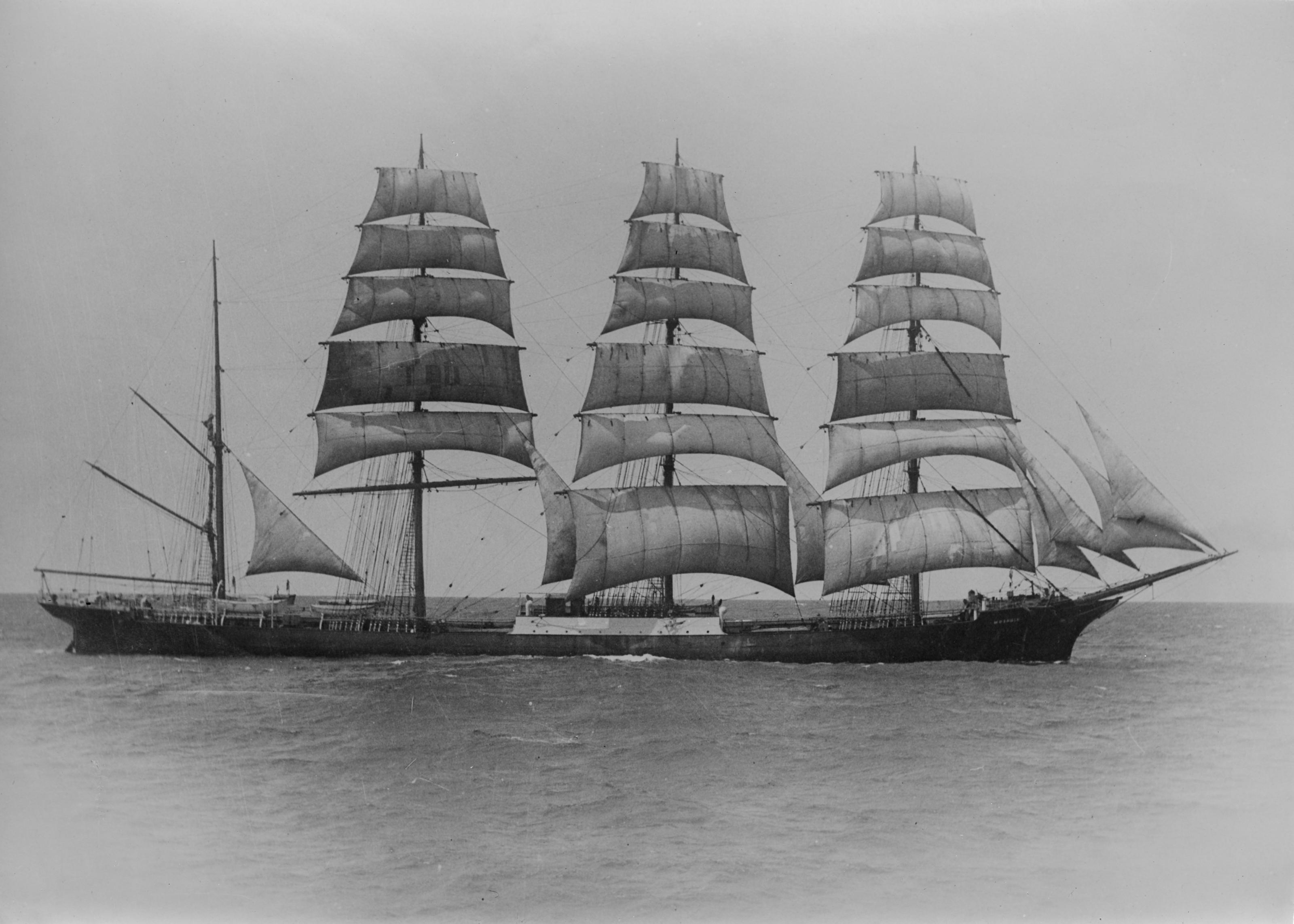 Moshulu_(ship,_1904)_-_SLV_H91.250-725.jpg